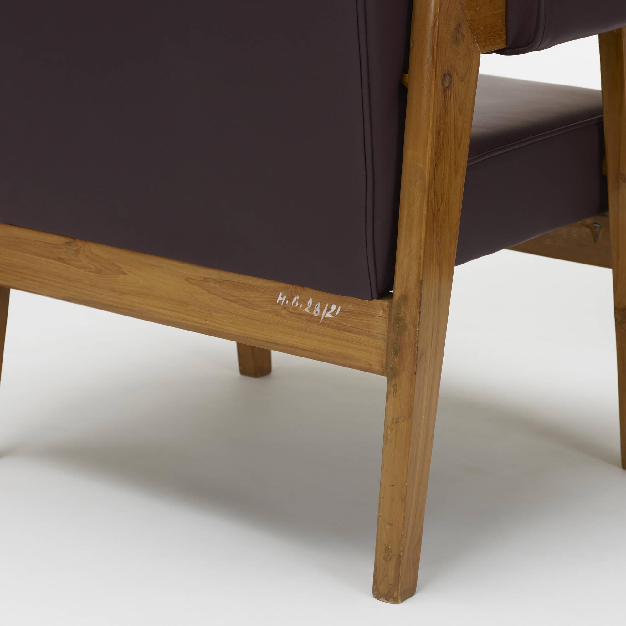 349 Le Corbusier and Pierre Jeanneret pair of Bridge armchairs