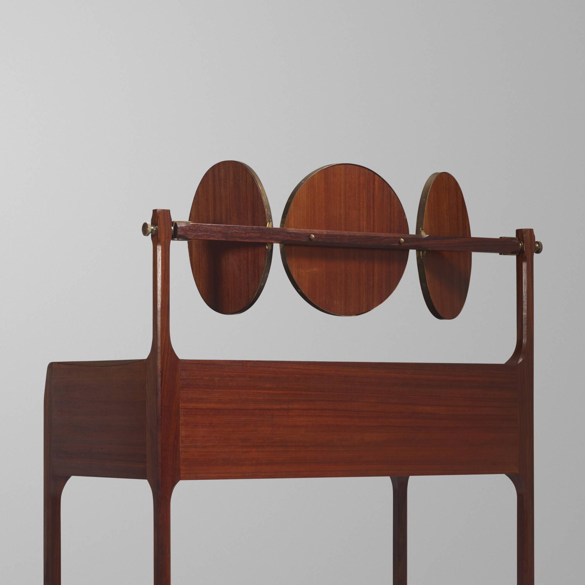 34: Roberto Gabetti and Aimaro Isola / Custom vanity from Casa Minola, Turin (3 of 3)