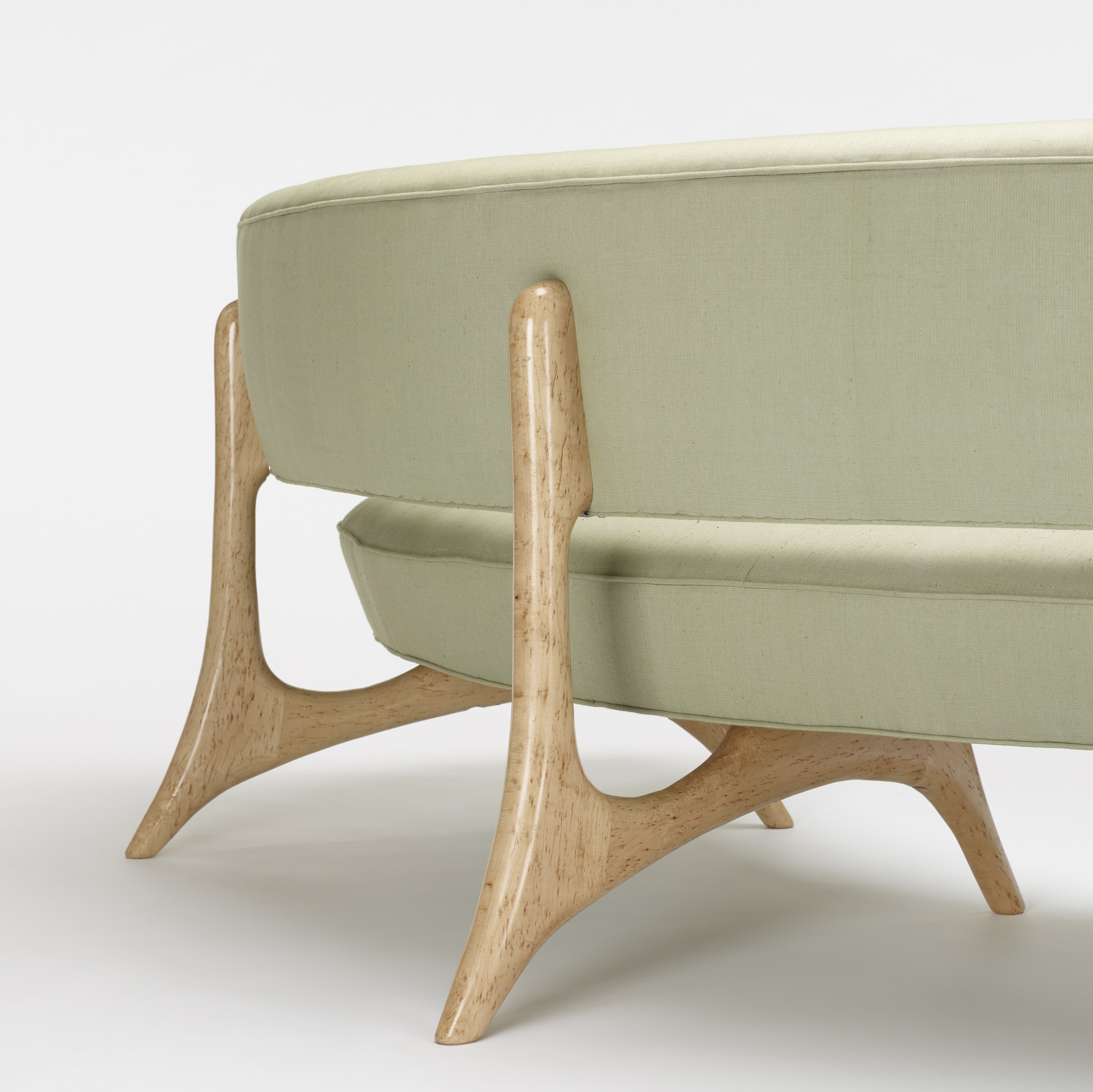 356: Vladimir Kagan / Floating Seat and Back sofa (3 of 3)
