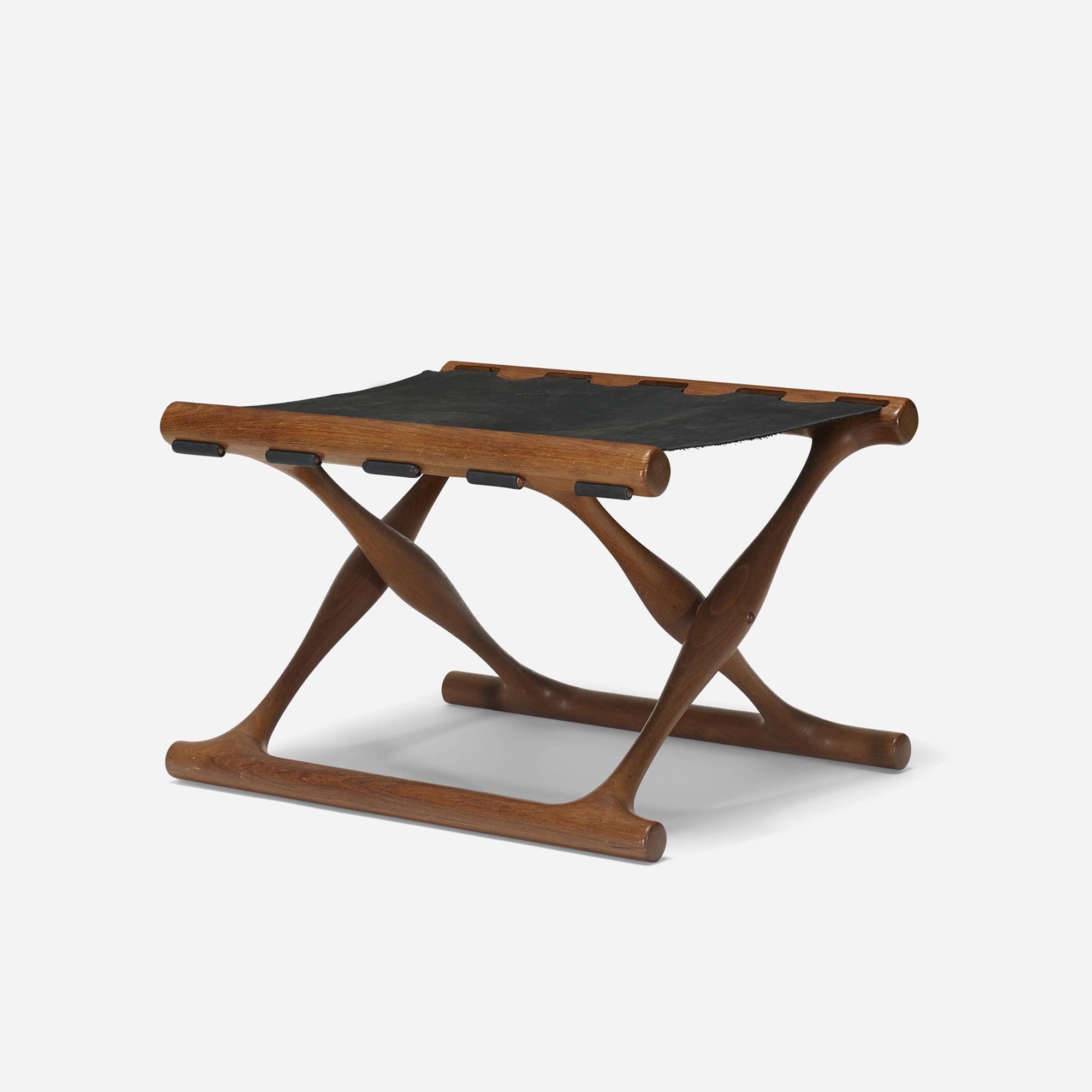 362: Poul Hundevad / Guldhoj folding stool (1 of 3)