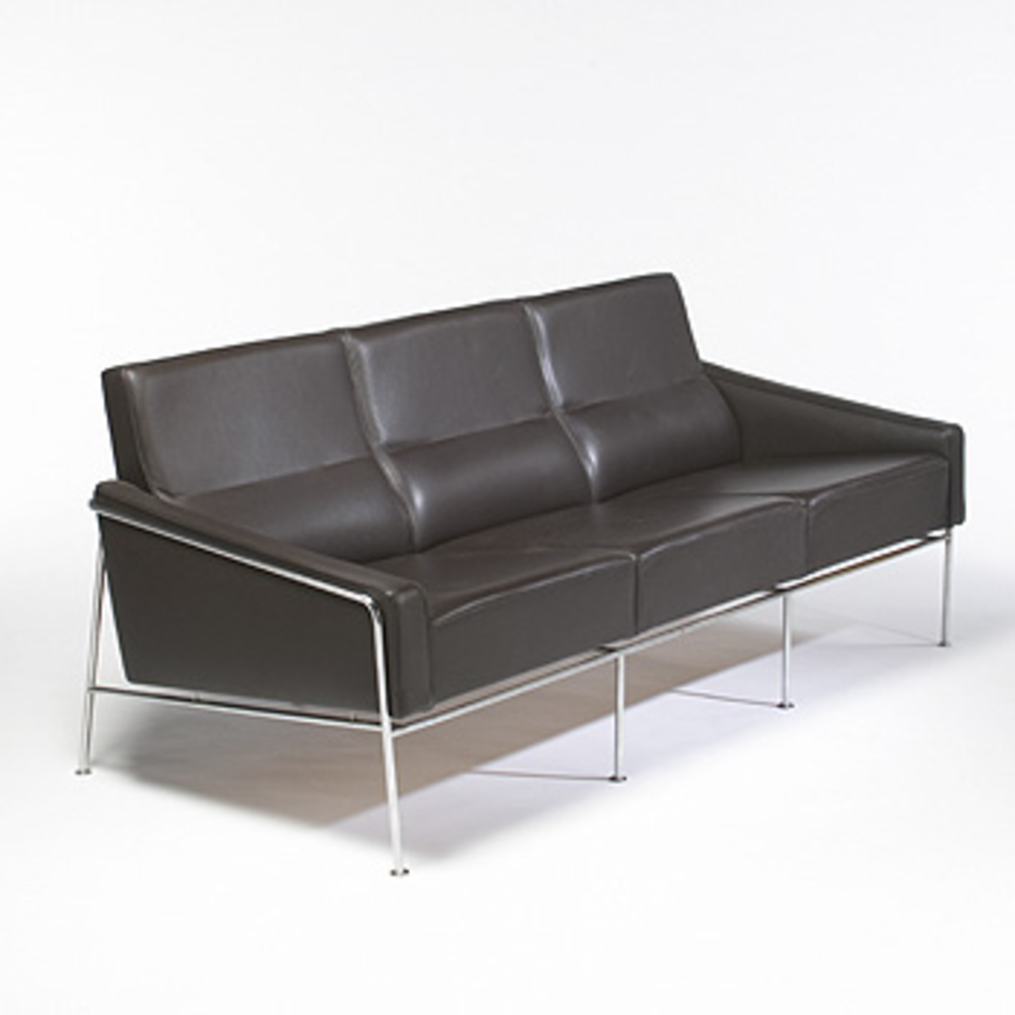 363 Arne Jacobsen 3300 Series Sofa Modern Contemporary Design 10 October 2006 Auctions Wright Of Art And