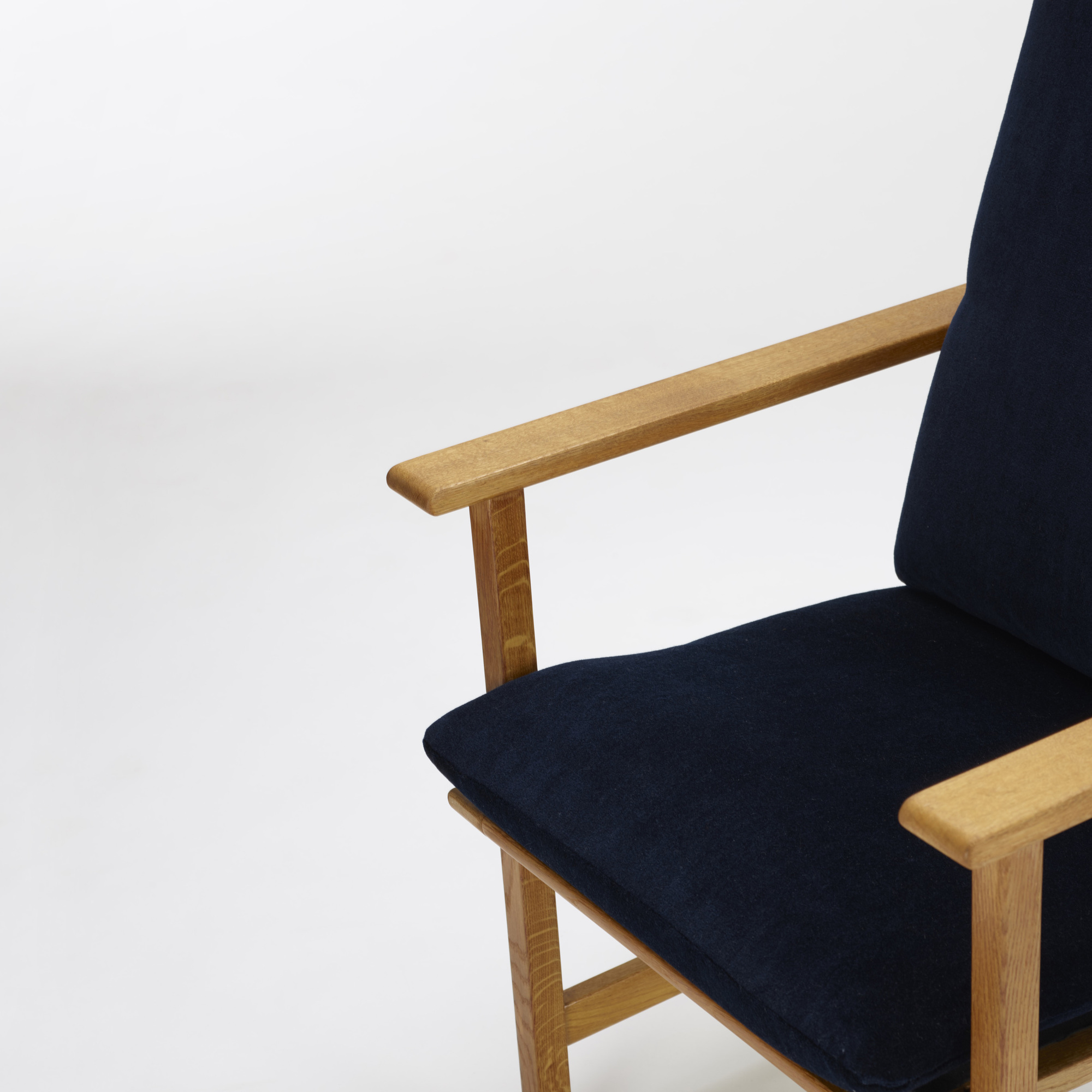 370: Børge Mogensen / armchairs, pair (3 of 5)