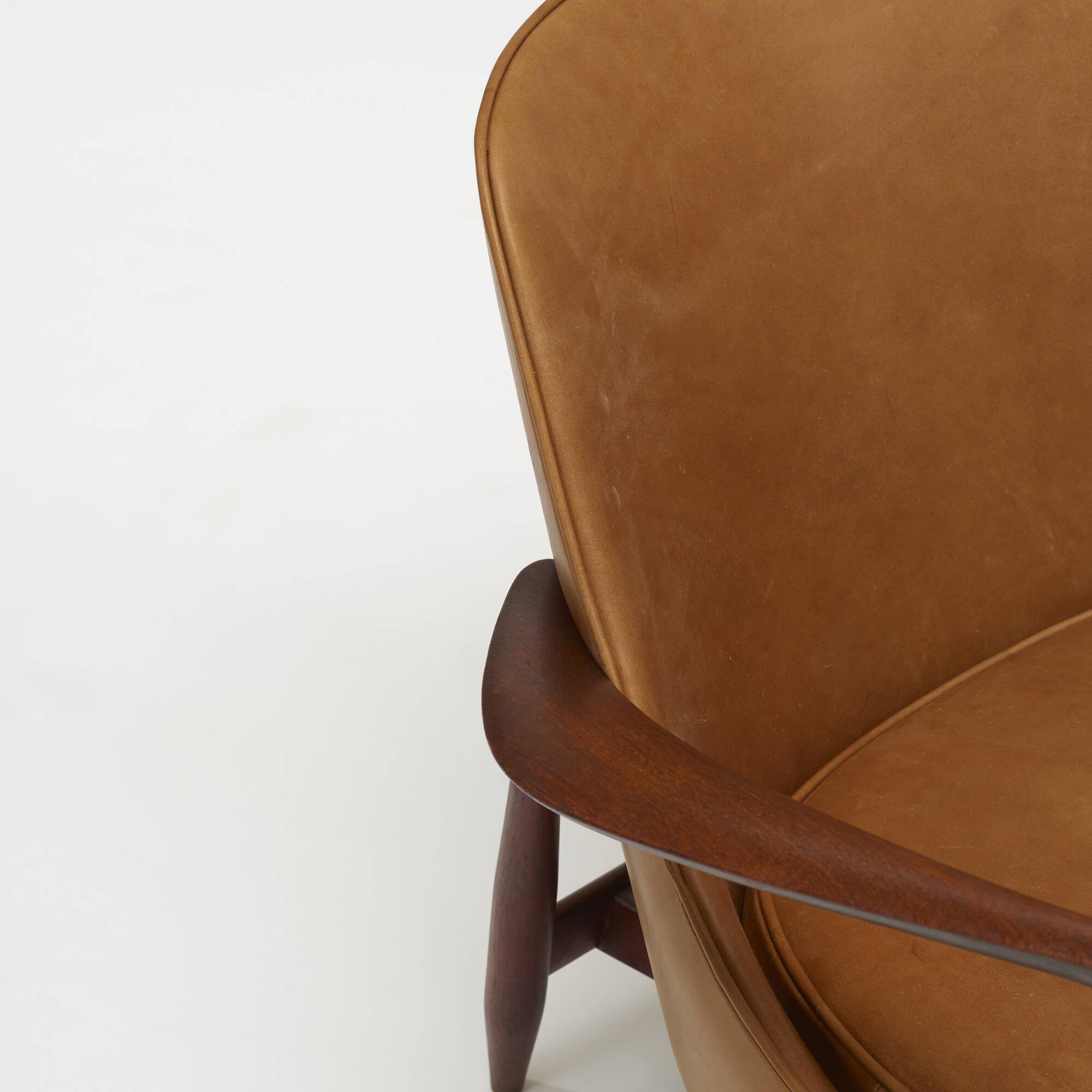 372: Ib Kofod-Larsen / Elizabeth chair (3 of 3)