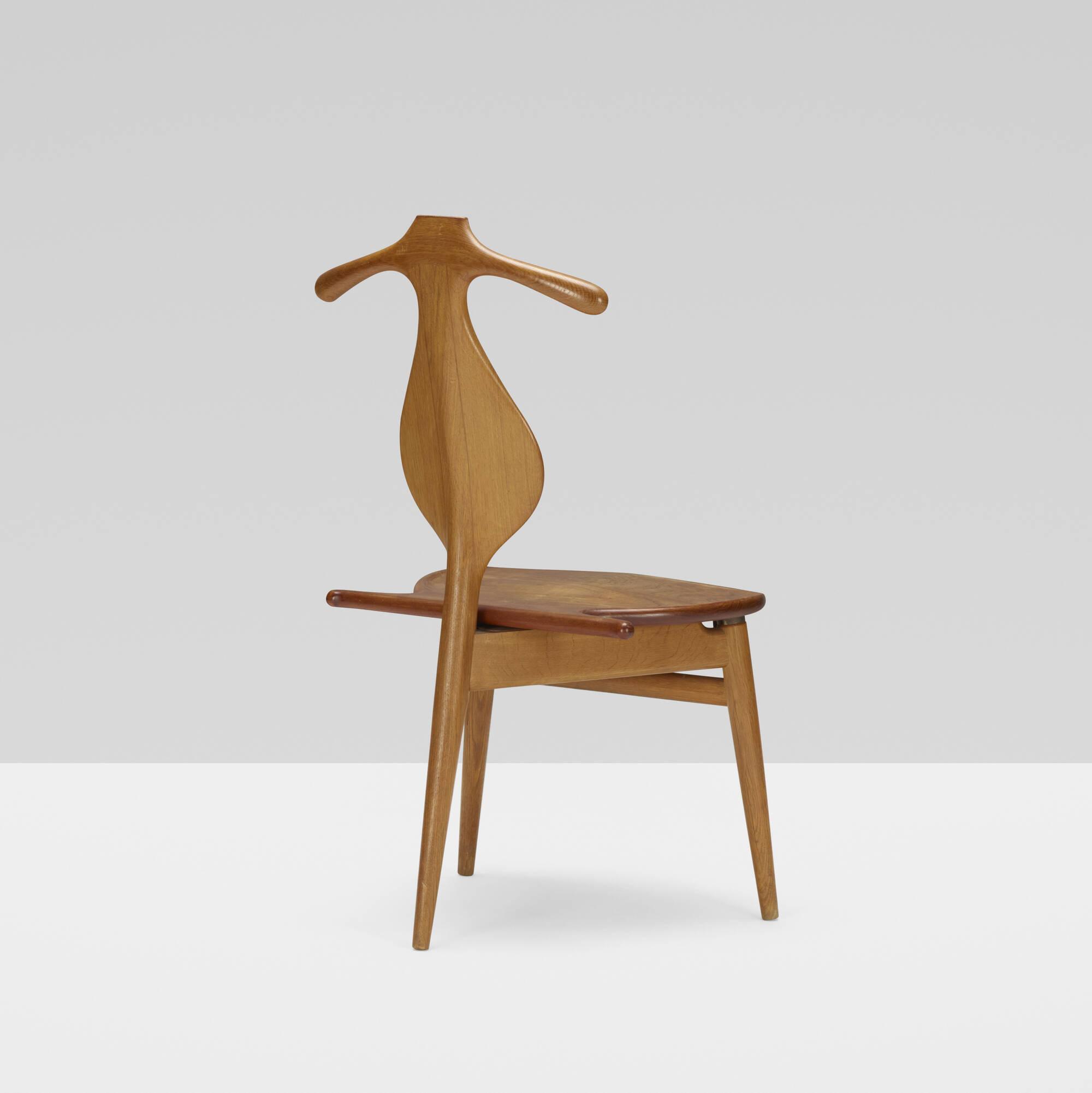 376 Hans J Wegner Valet chair Design 9 June 2016 Auctions