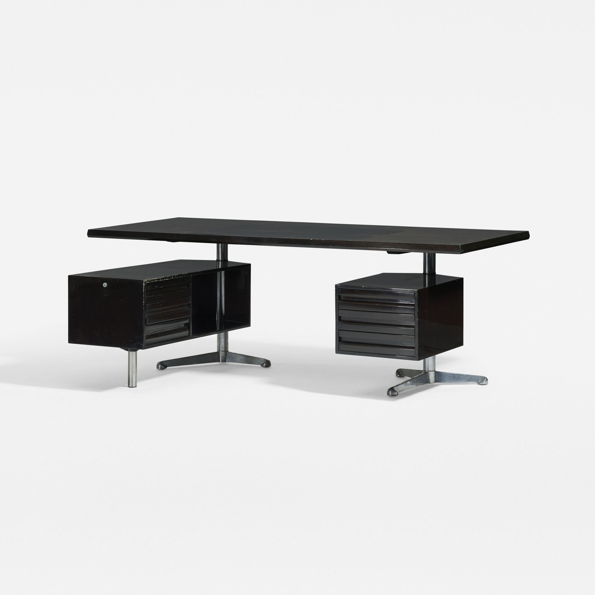 377: Osvaldo Borsani / executive desk, model T96 (1 of 1)