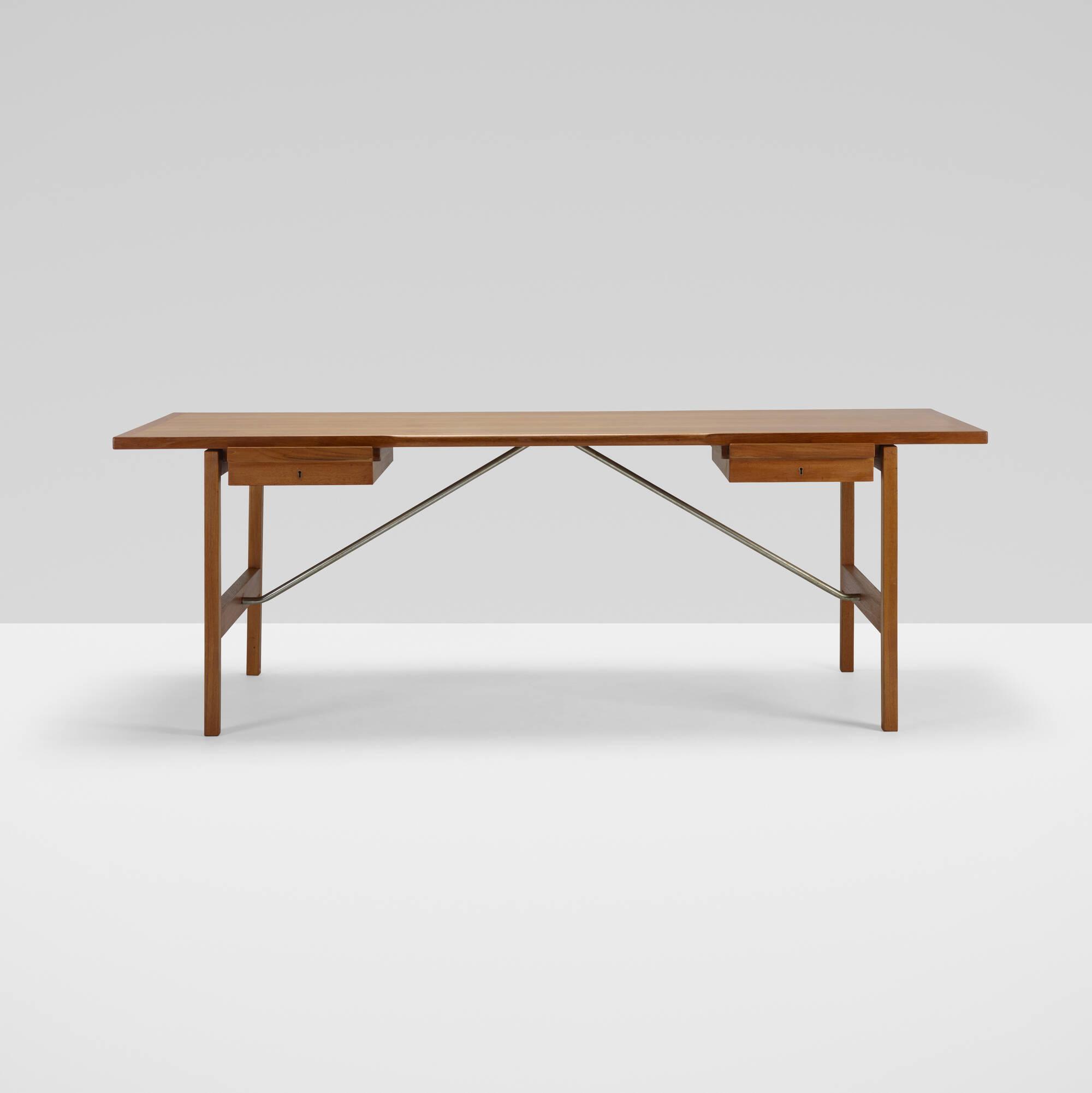 379: Hans J. Wegner / desk, model AT325 A (2 of 3)