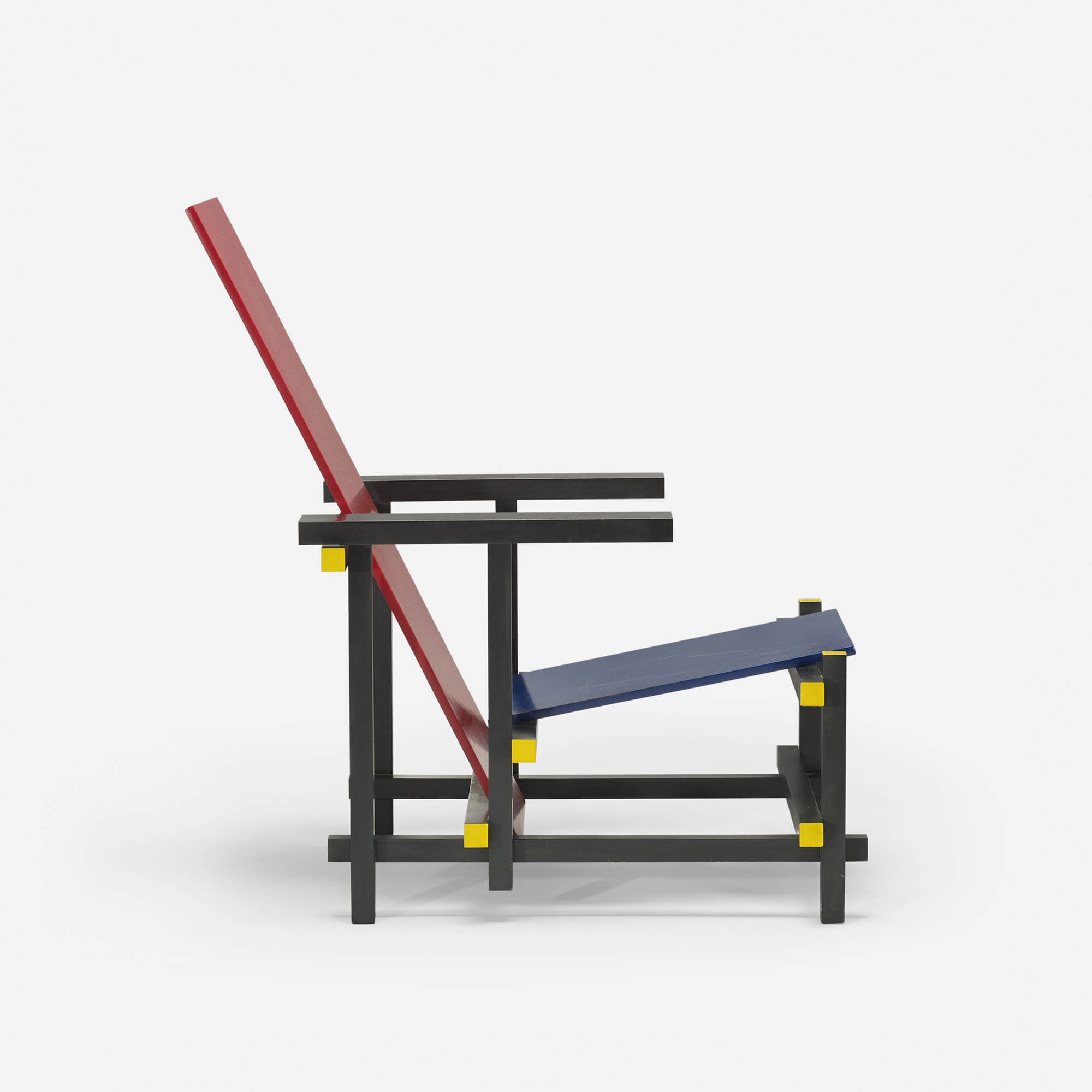 380: Gerrit Rietveld / Red Blue chair (2 of 3)