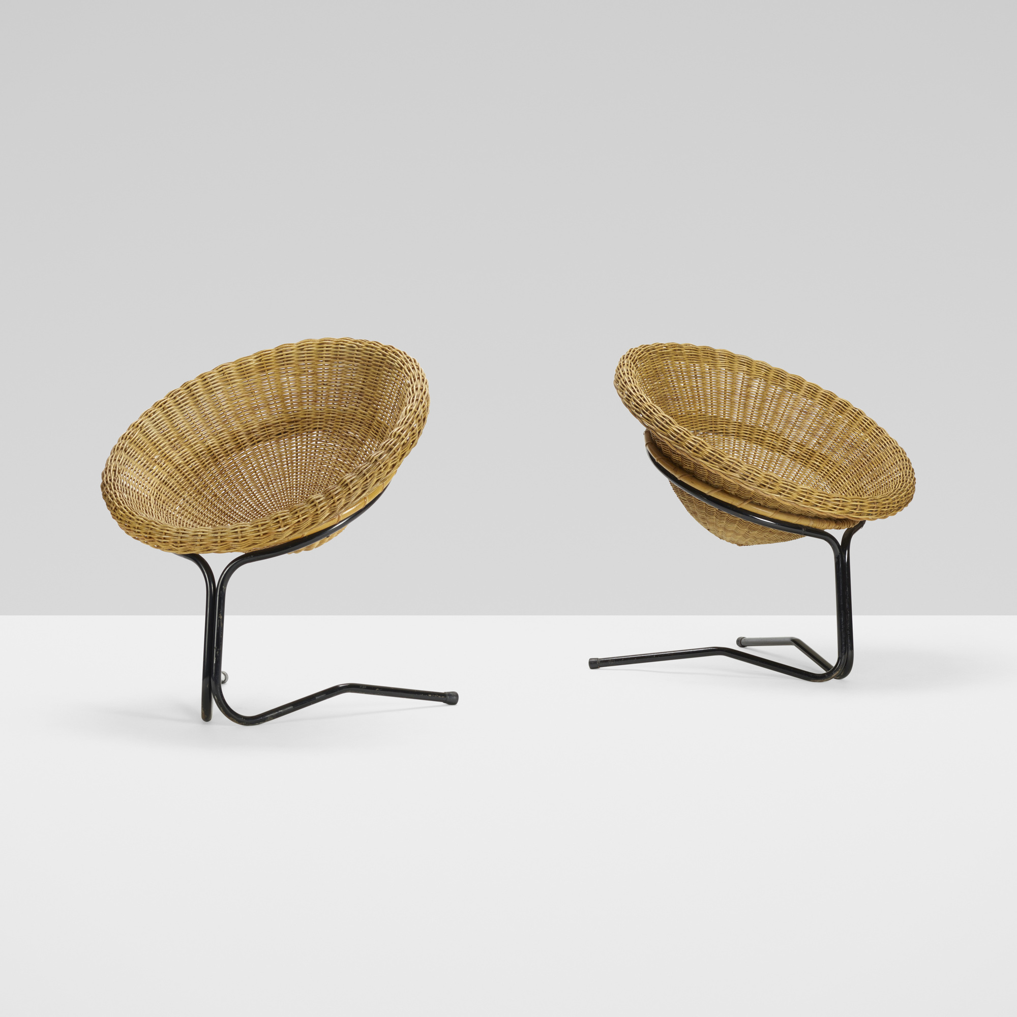 381: Arnold Bueno de Mesquita / pair of cantilever chairs (2 of 4)