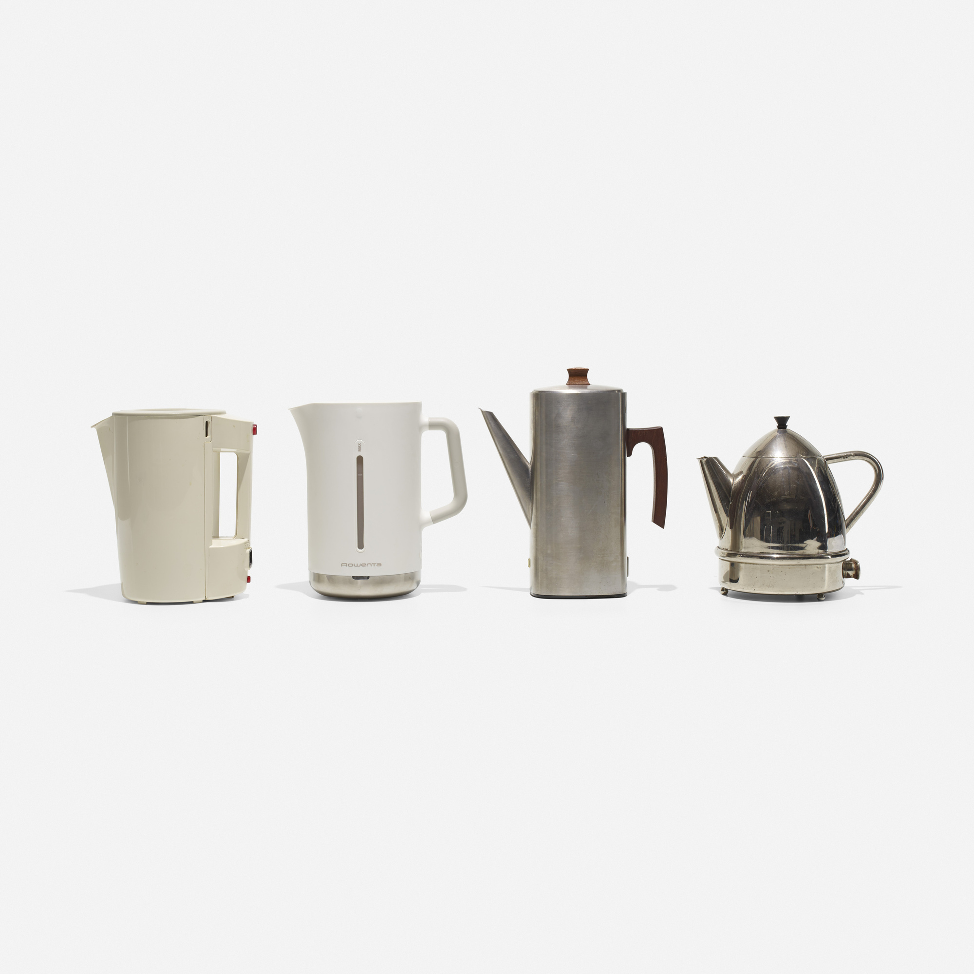 382: Various Artists / collection of four electric kettles (1 of 1)
