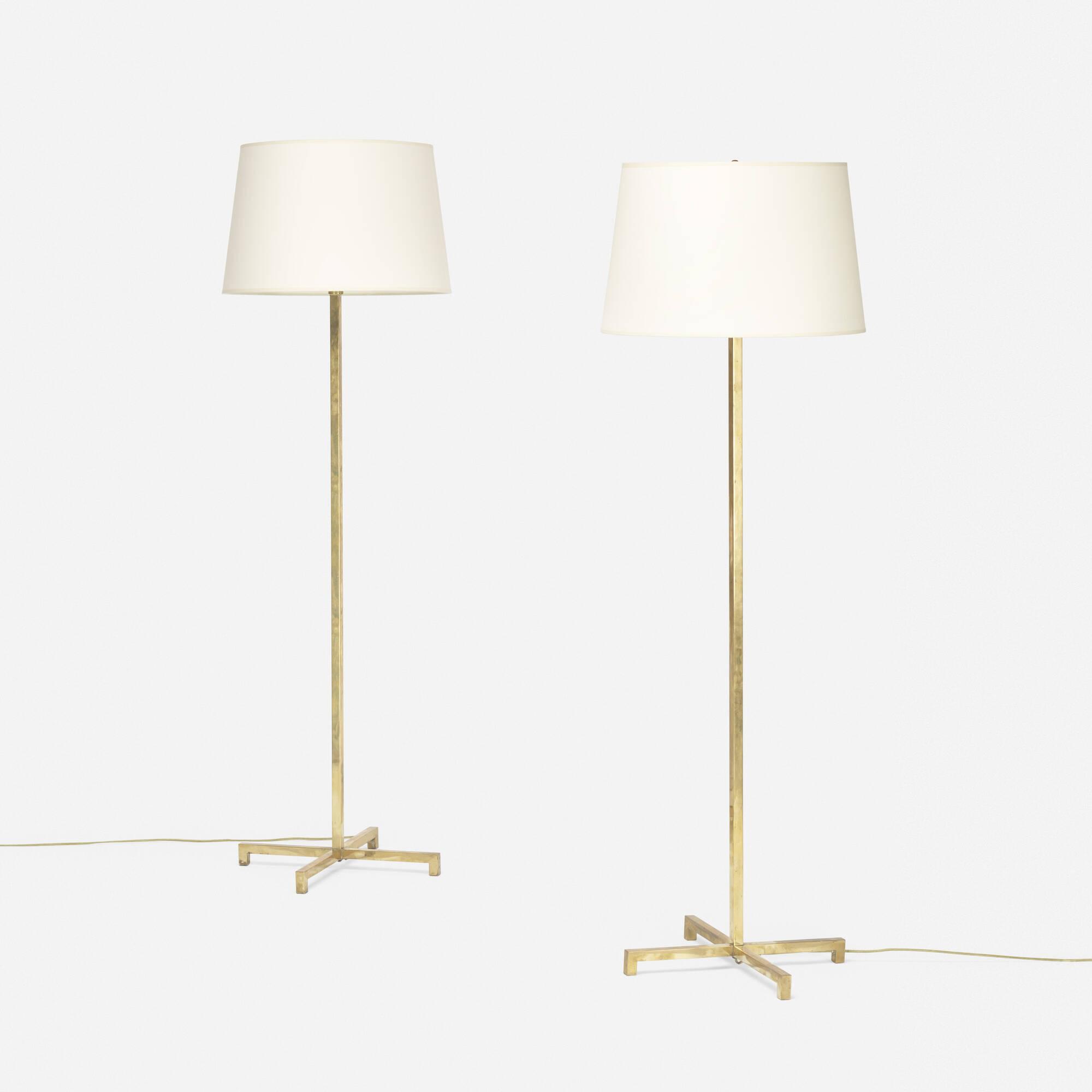 384: T.H. Robsjohn-Gibbings / floor lamps model 211, pair (1 of 2)