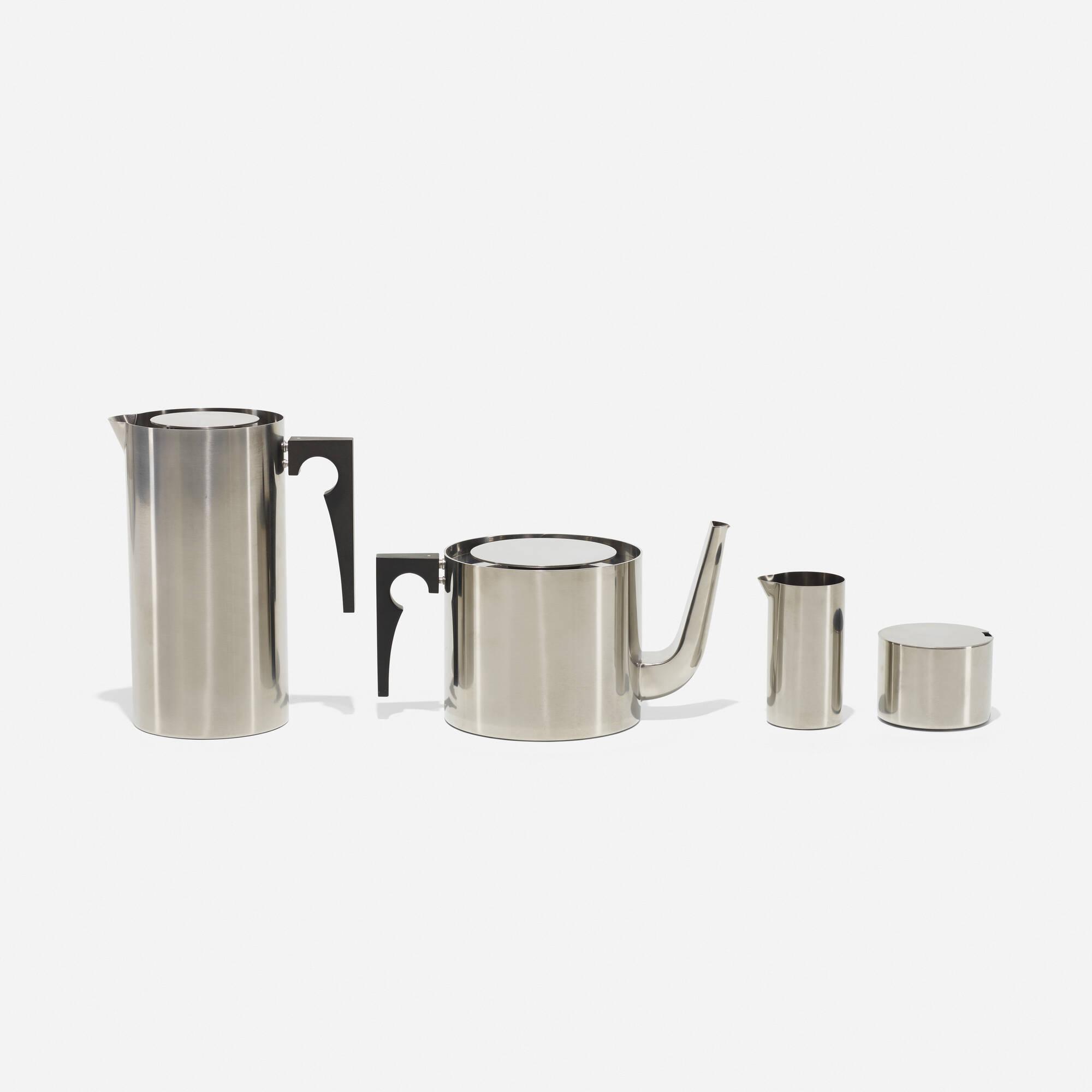 387: Arne Jacobsen / Cylinda tea and coffee service (1 of 2)