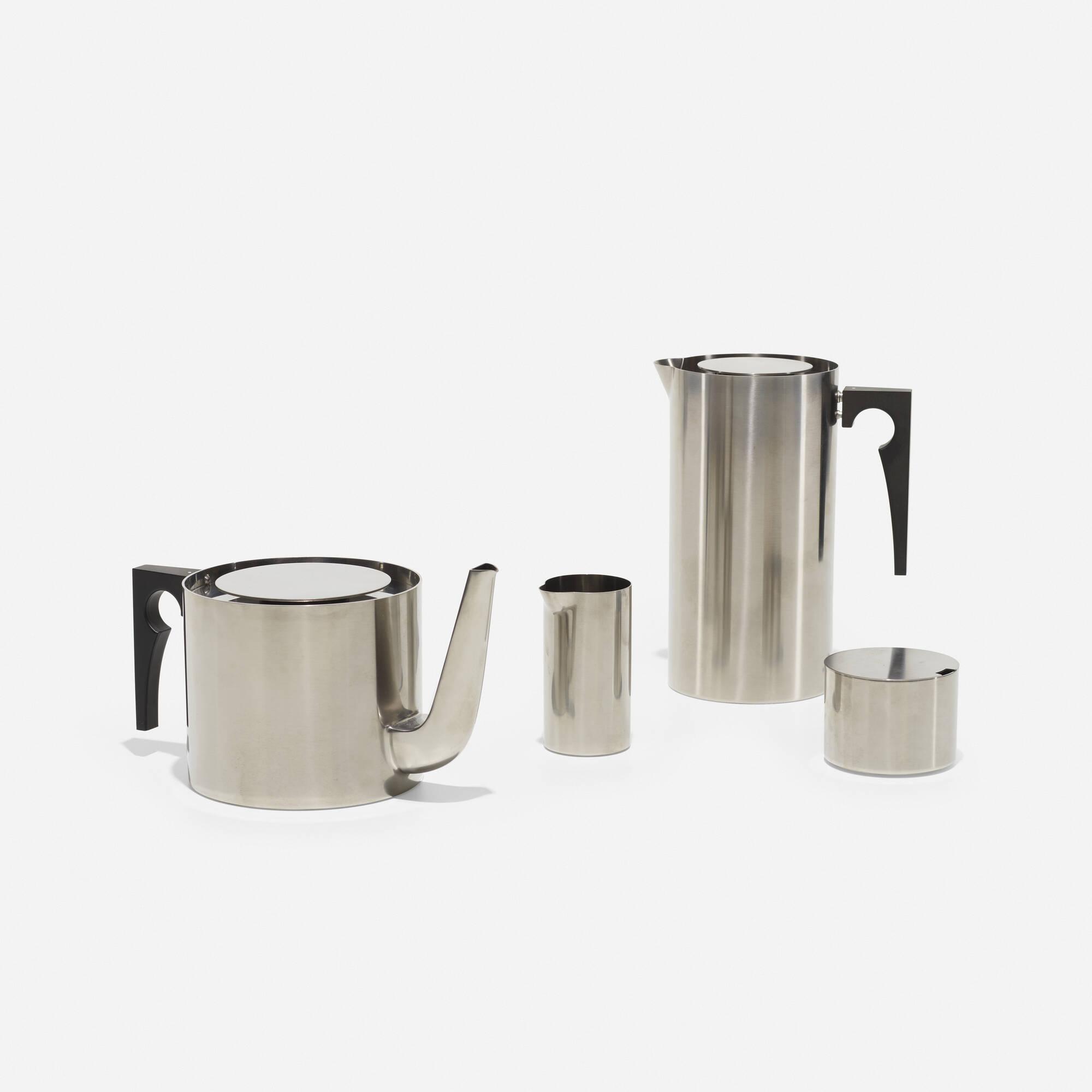 387: Arne Jacobsen / Cylinda tea and coffee service (2 of 2)