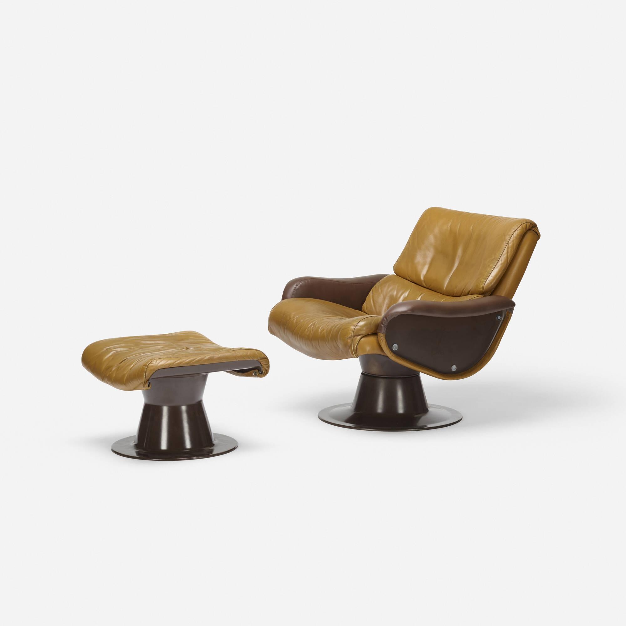 404: Yrjö Kukkapuro / Saturn lounge chair and ottoman (1 of 2)