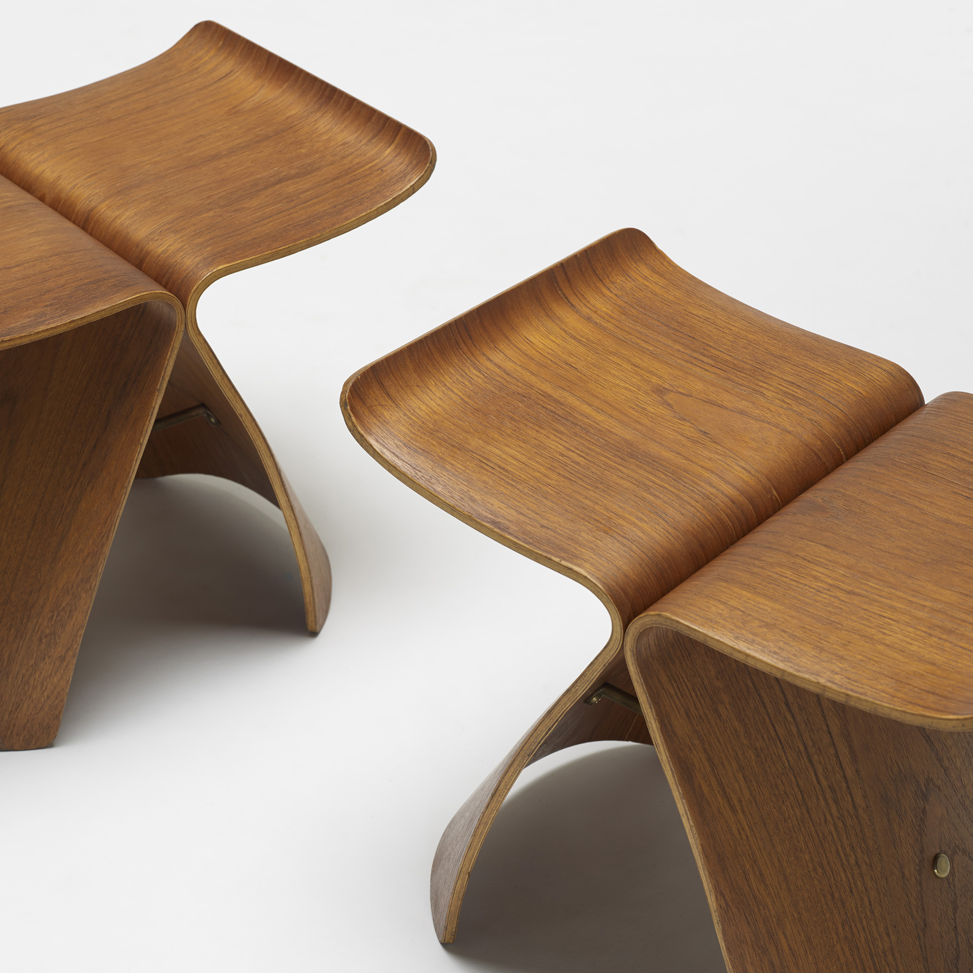 Butterfly chair sori yanagi -  405 Sori Yanagi Butterfly Stools Pair 3 Of 4