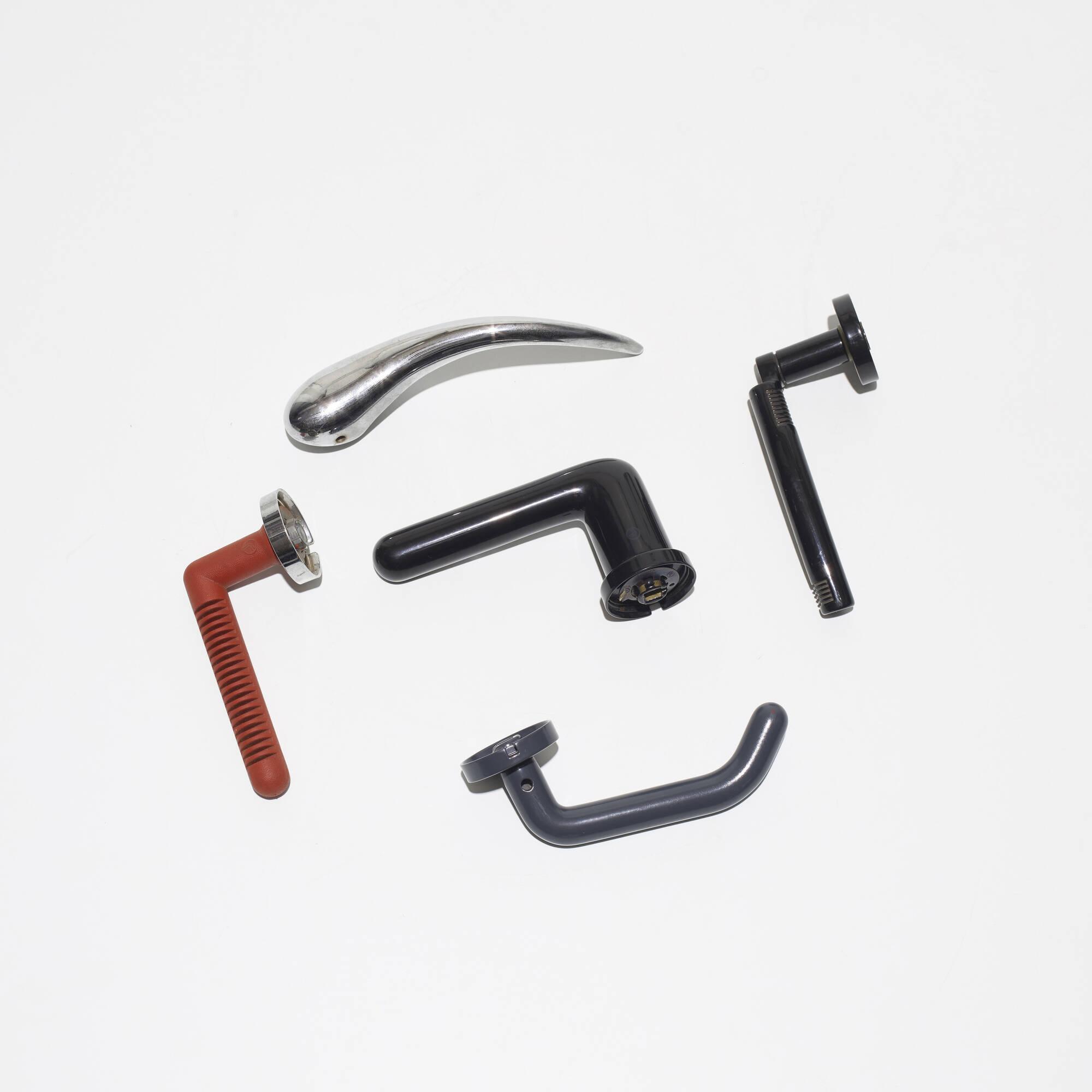 409: Kleis / collection of five door handles (2 of 2)