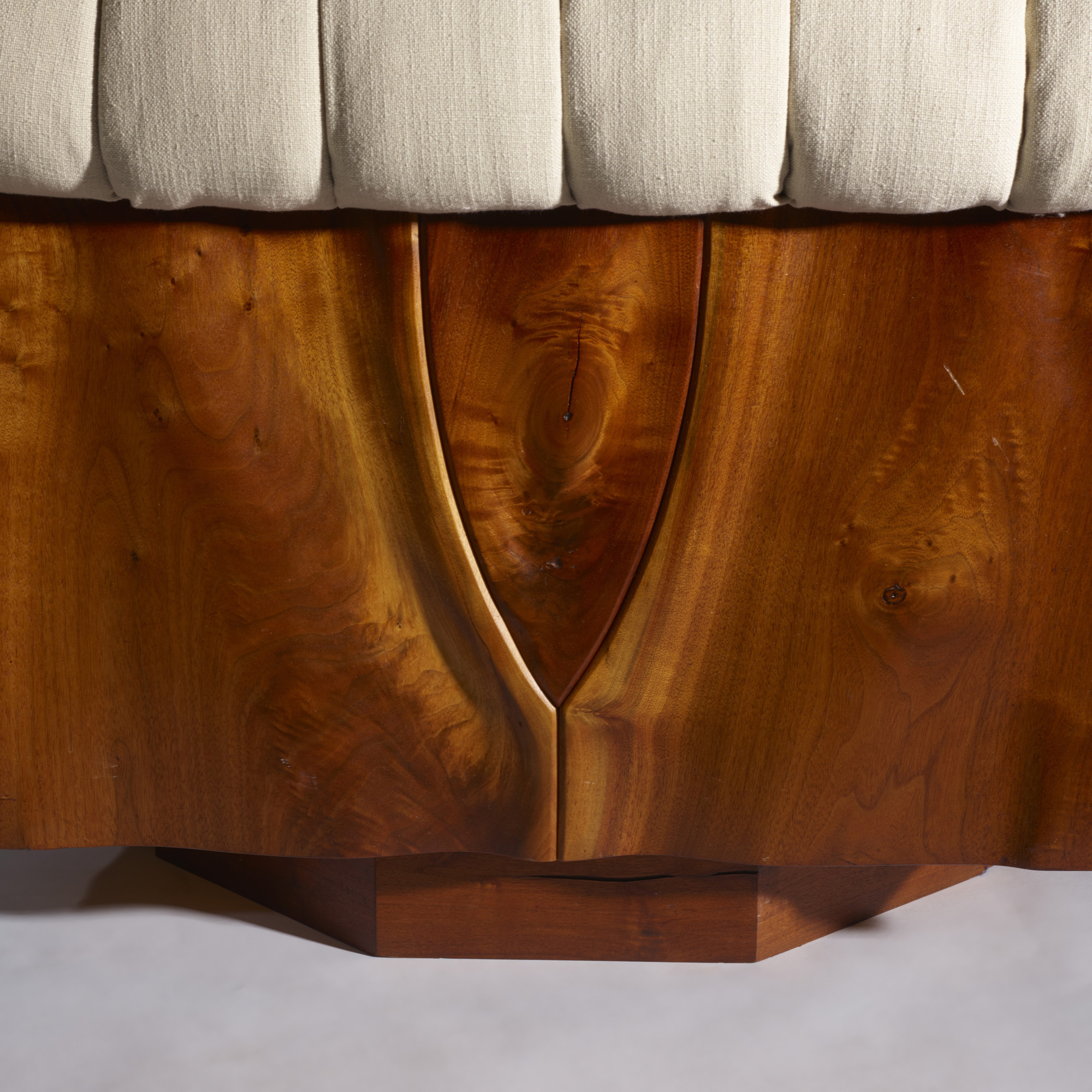 40: Phillip Lloyd Powell / Rare carved panel lounge chairs, pair (5 of 5)