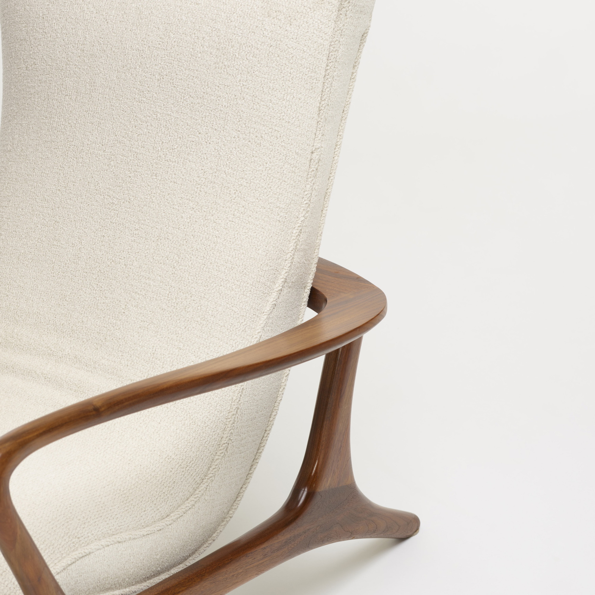 410: Vladimir Kagan / Contour lounge chairs, pair (3 of 4)