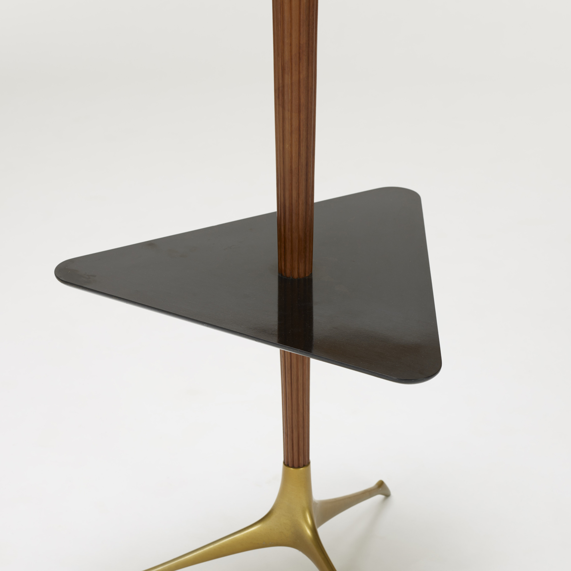 411: Vladimir Kagan / Tri-symmetric lamp table (3 of 3)