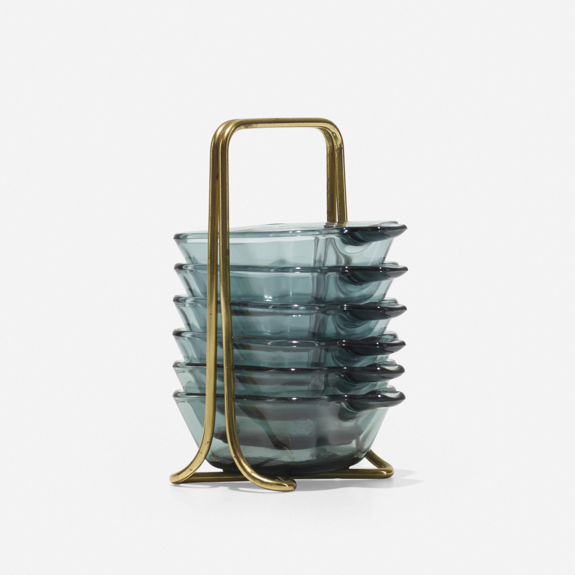433: Wilhelm Wagenfeld / Pile ashtray set (2 of 2)