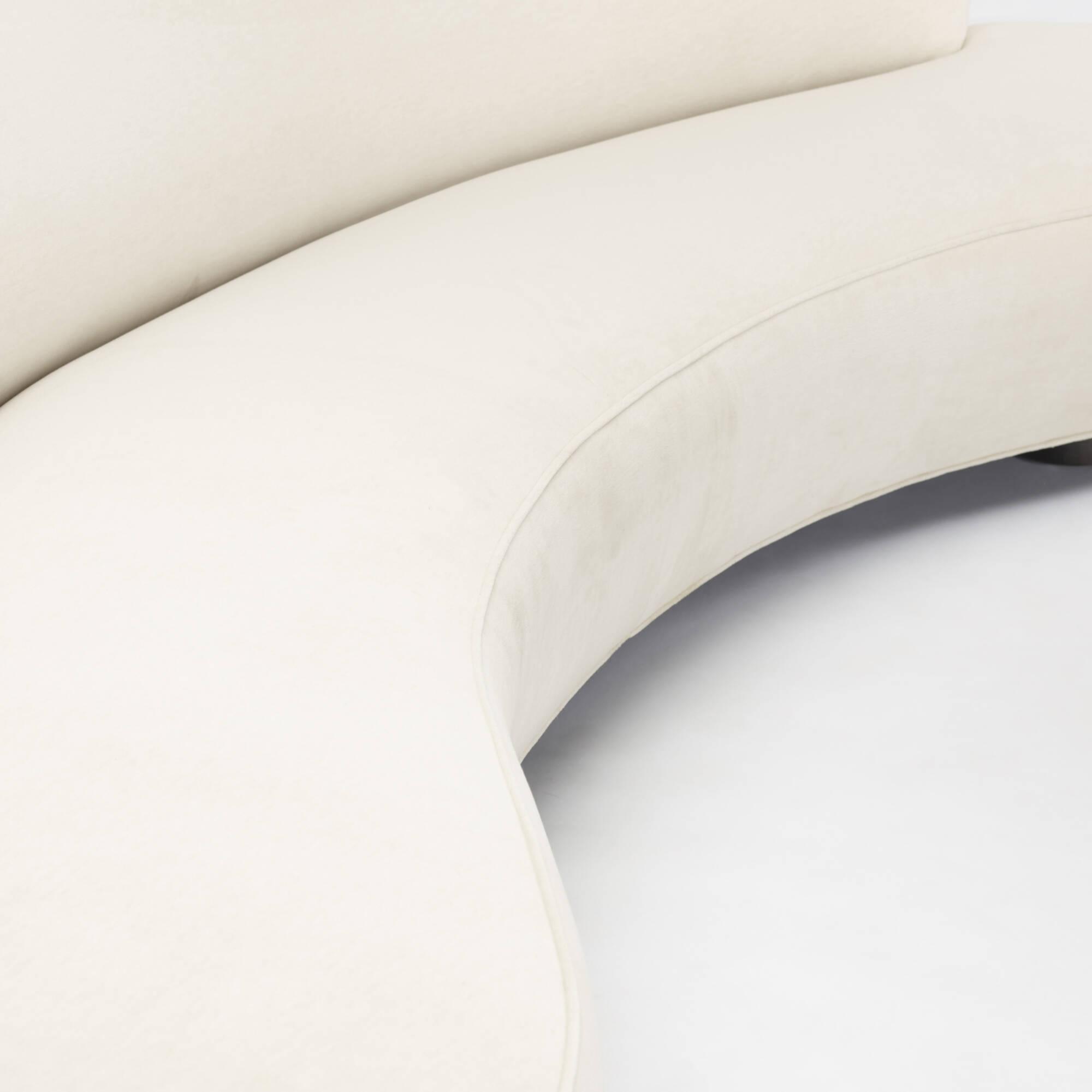 438 Vladimir Kagan Serpentine sofa Design 8 June 2017