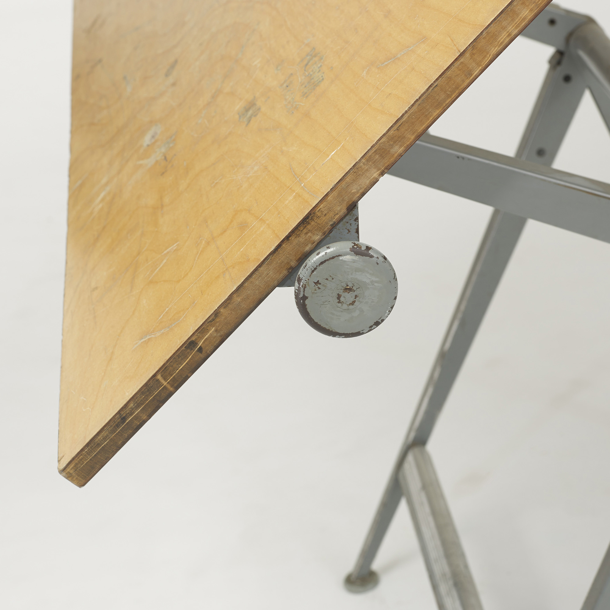 454: Wim Rietveld and Friso Kramer / drafting table (3 of 3)
