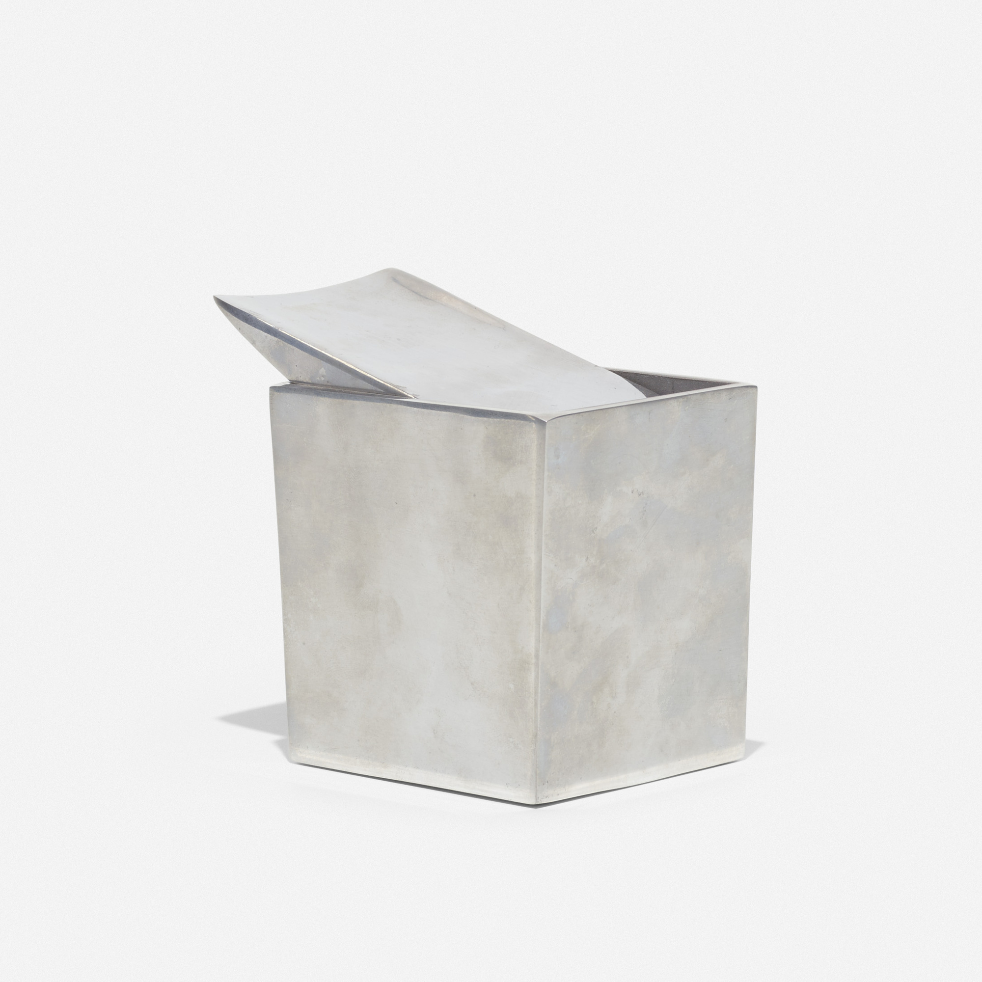 459: Philippe Starck / Ray Hollis ashtray (1 of 2)