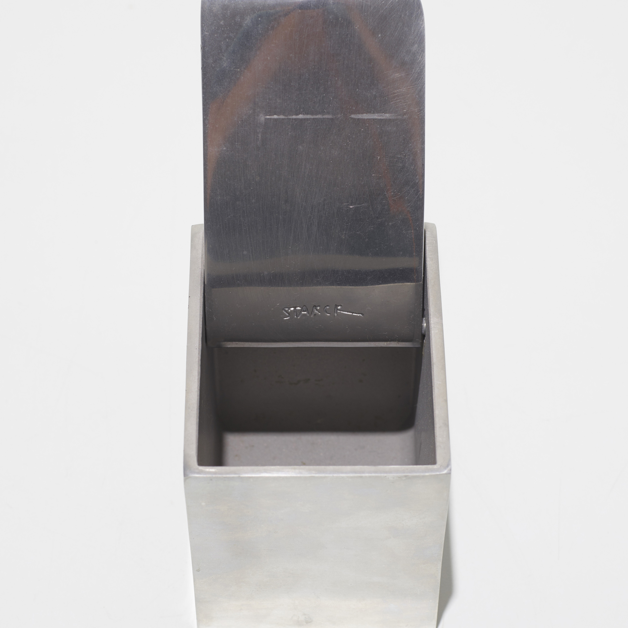 459: Philippe Starck / Ray Hollis ashtray (2 of 2)