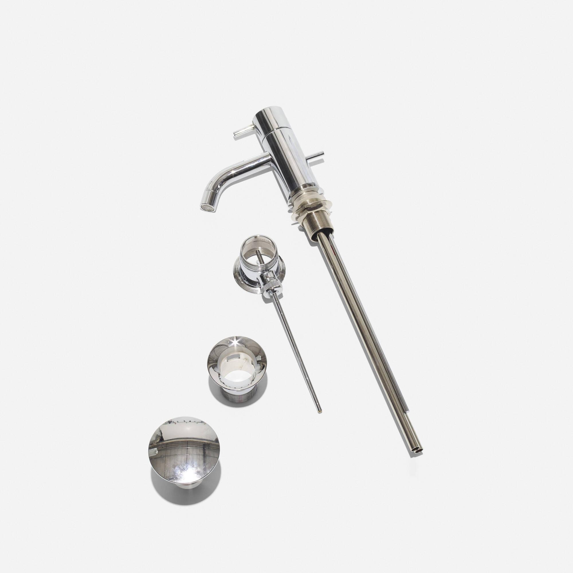 470: Arne Jacobsen / HV1 faucet (1 of 1)