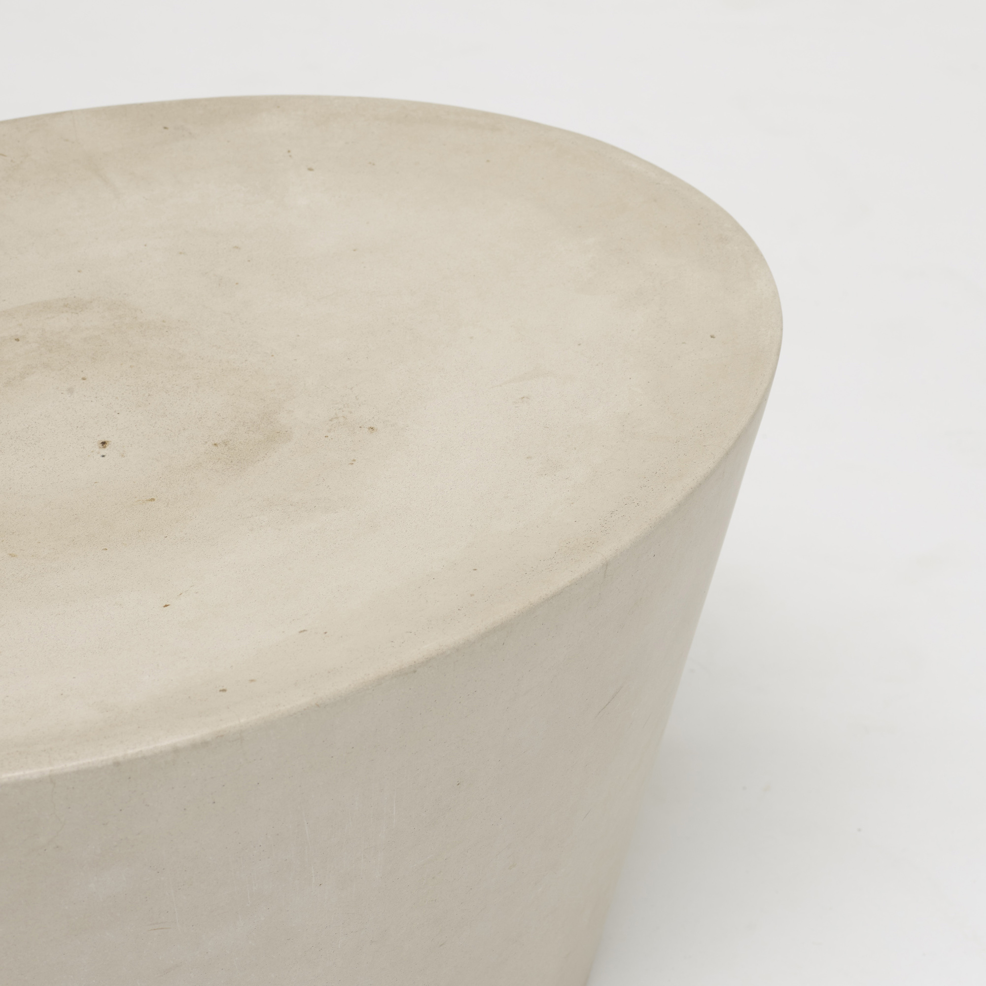 511: Maya Lin / Stone stool (2 of 2)