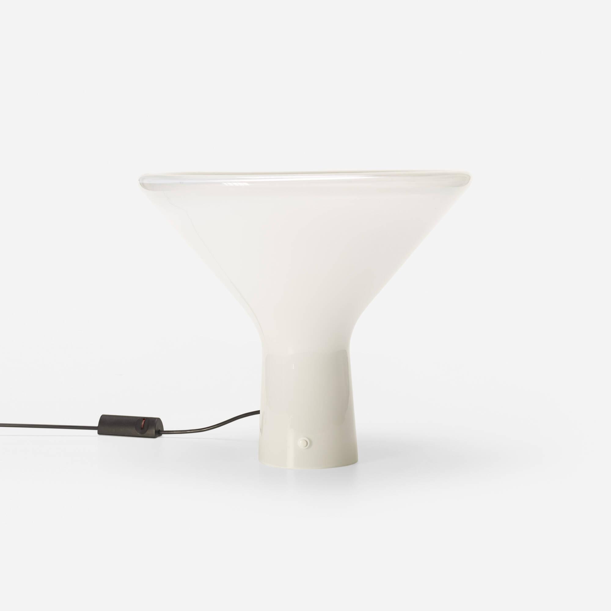 524: Angelo Mangiarotti / table lamp (1 of 2)