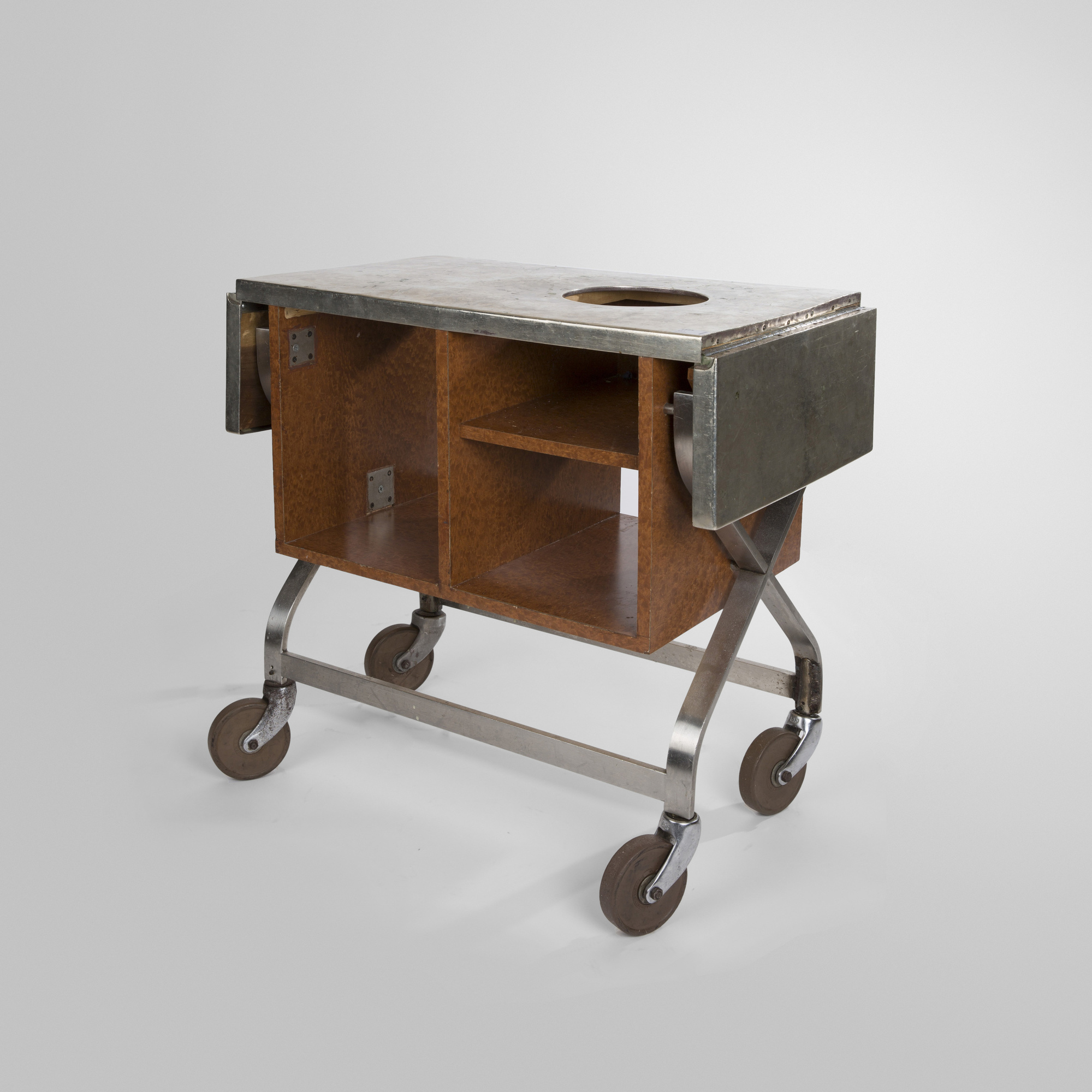 561: Garth and Ada Louise Huxtable / Serving cart from The Four Seasons (1 of 1)