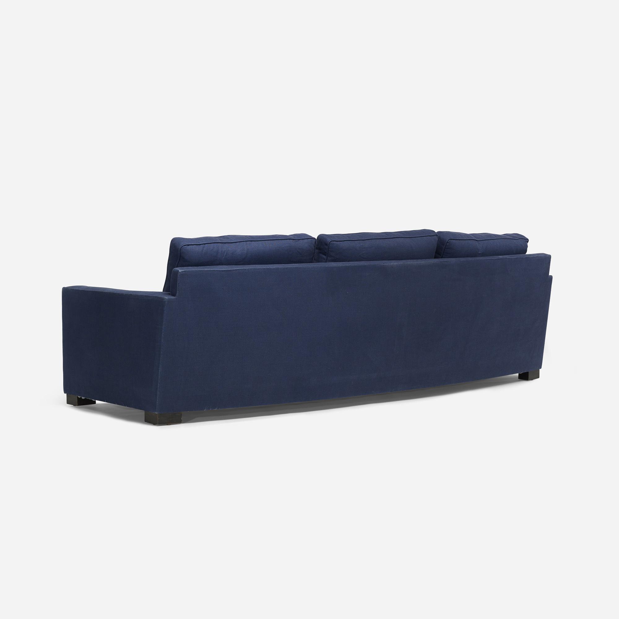 577: Modern / sofa (3 of 3)