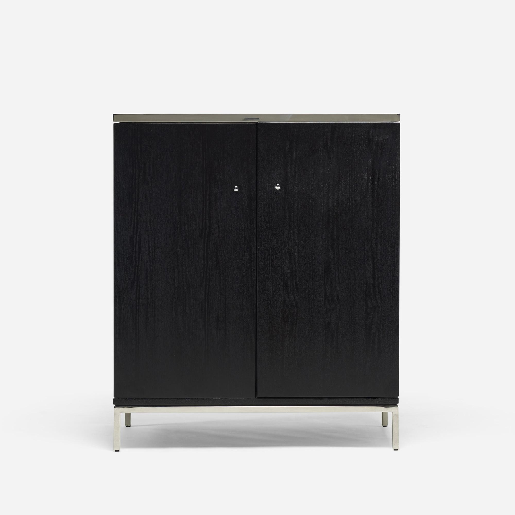 587: Modern / bar cabinet (1 of 4)