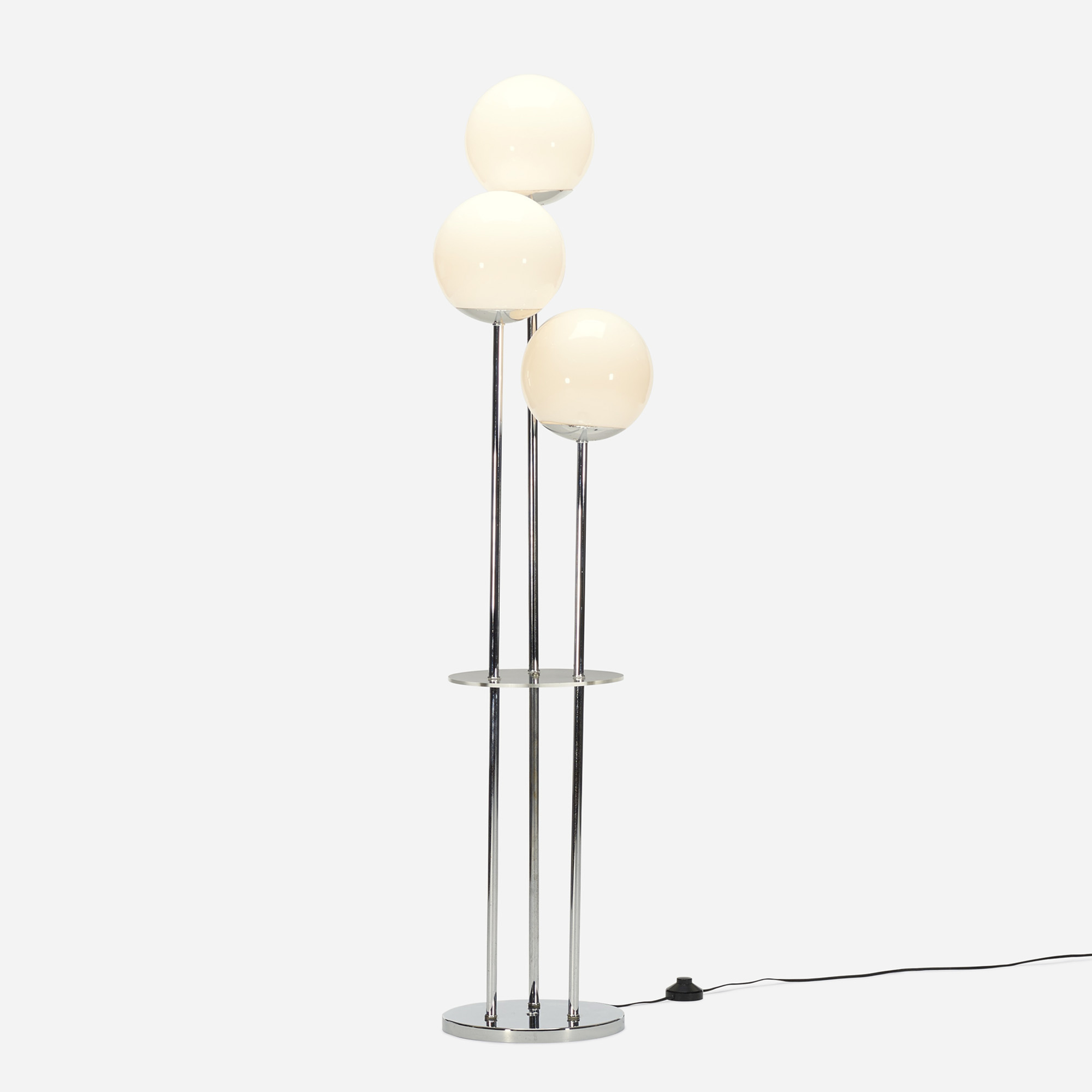 589: Modern / floor lamp (1 of 2)