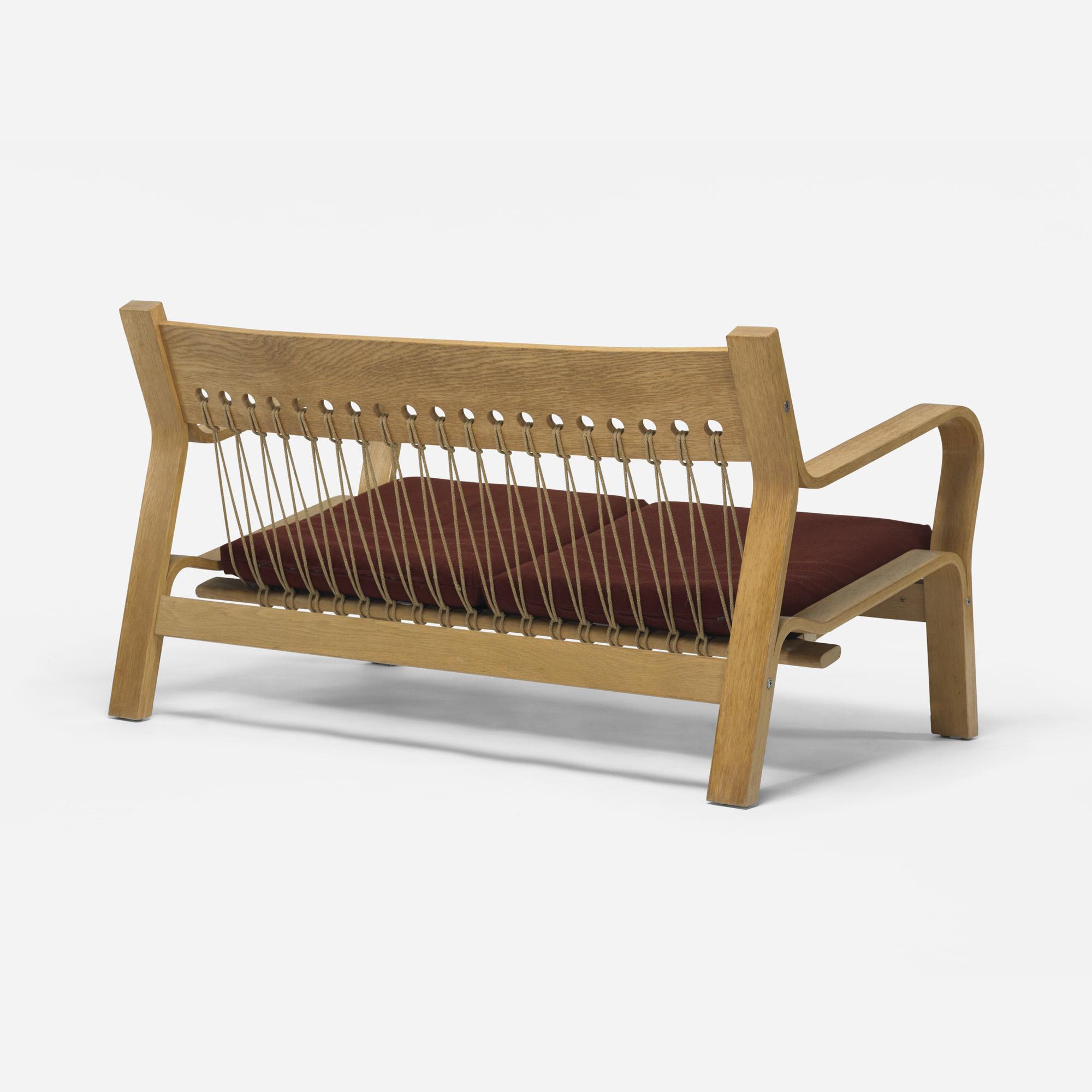 593 Hans J Wegner sofa model GE 671 Mass Modern 14 July
