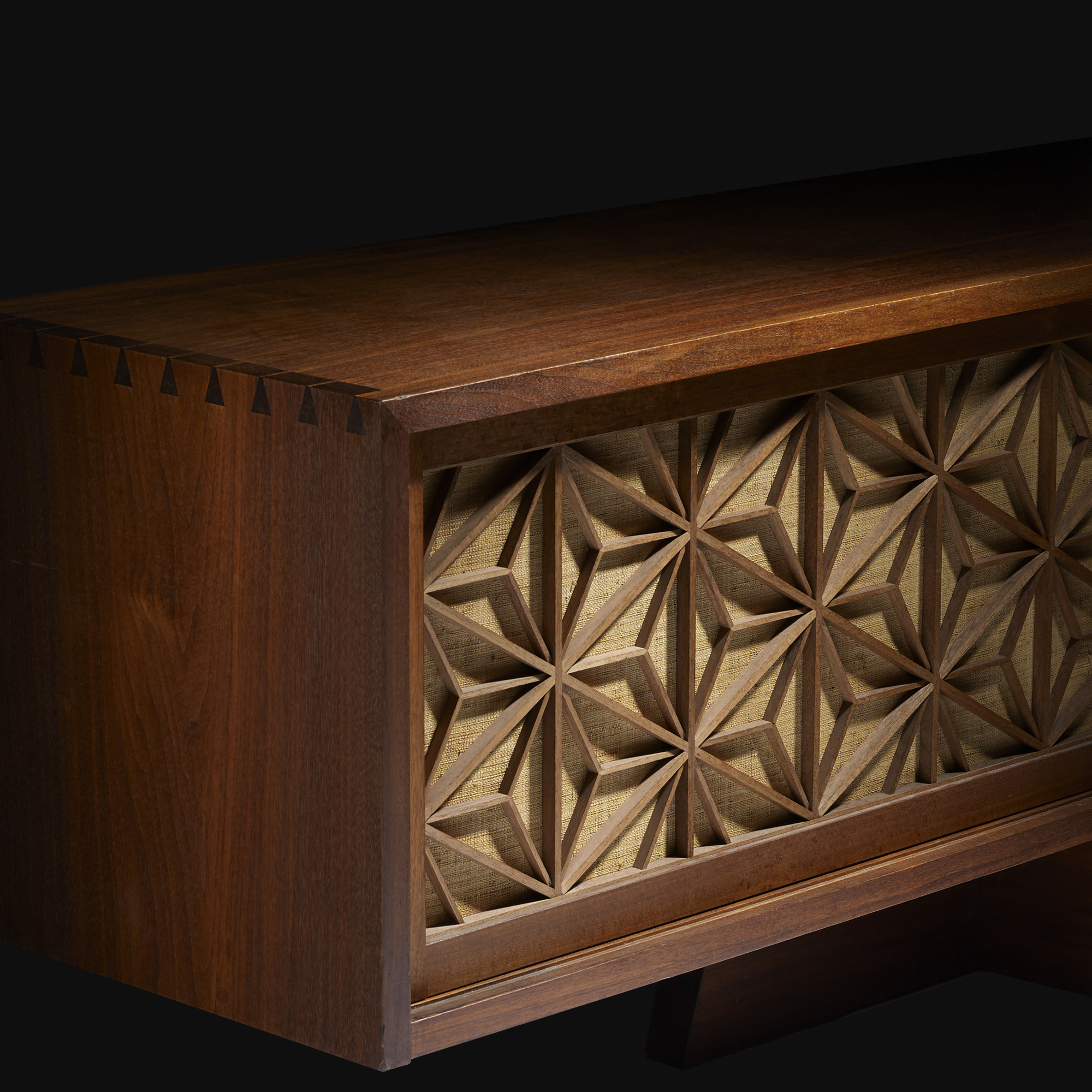 ... 5: George Nakashima / Important Asa No Ha Cabinet For The International  Paper