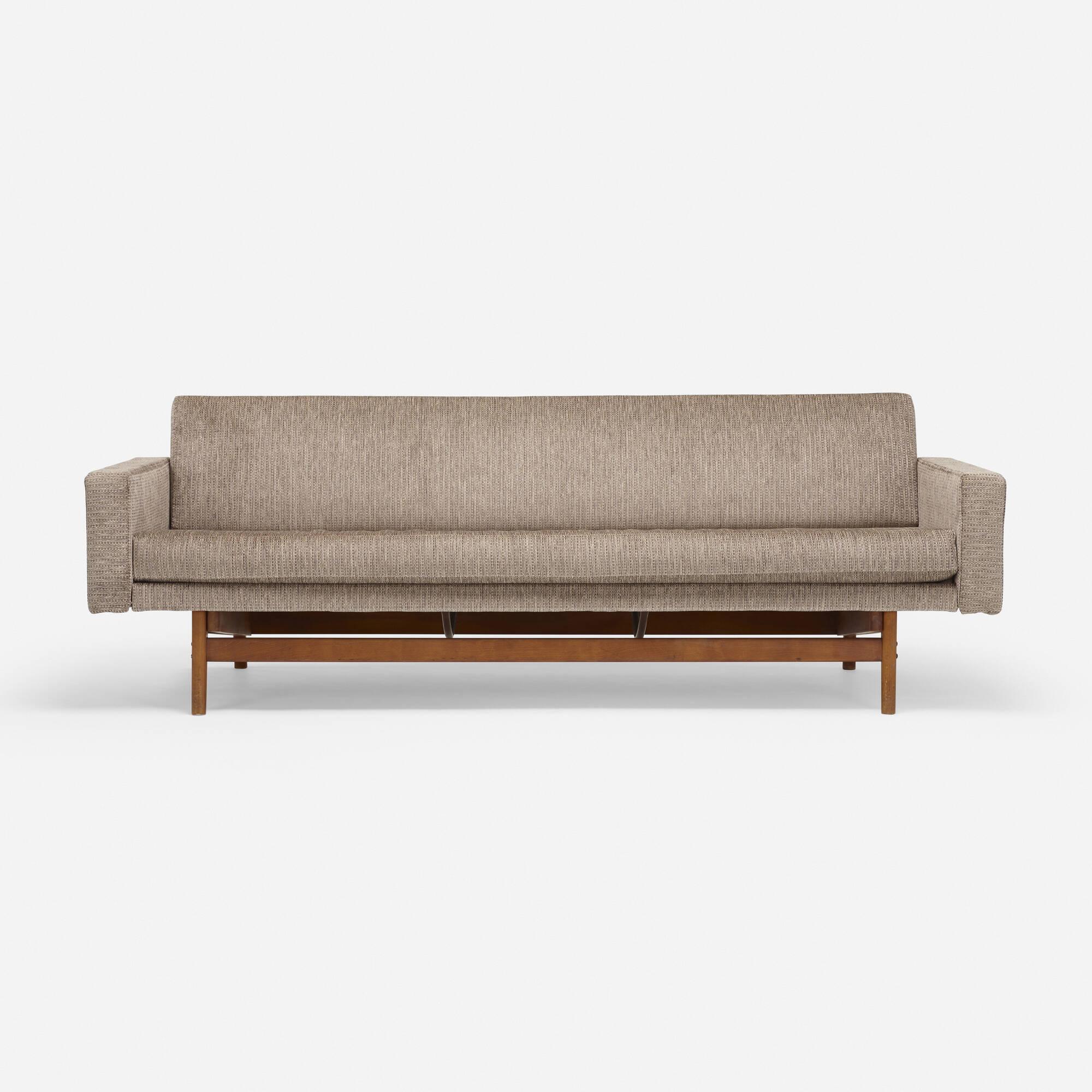 601: Modern / sofa (1 of 4)