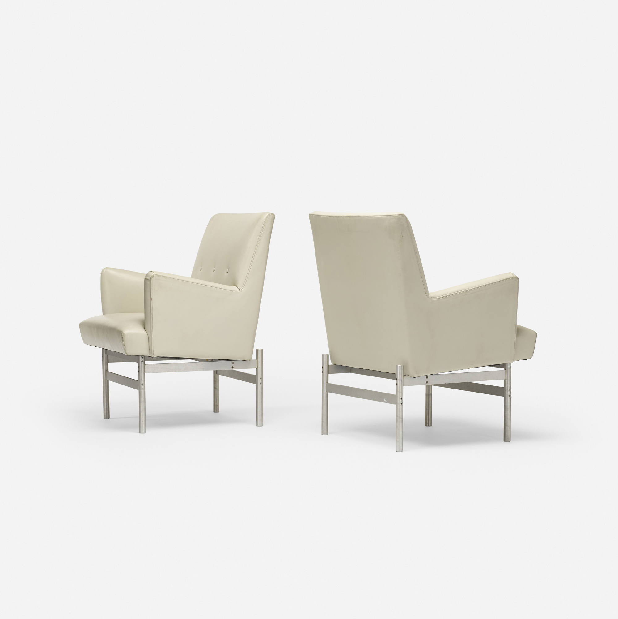 605: Modern / lounge chairs, pair (2 of 3)