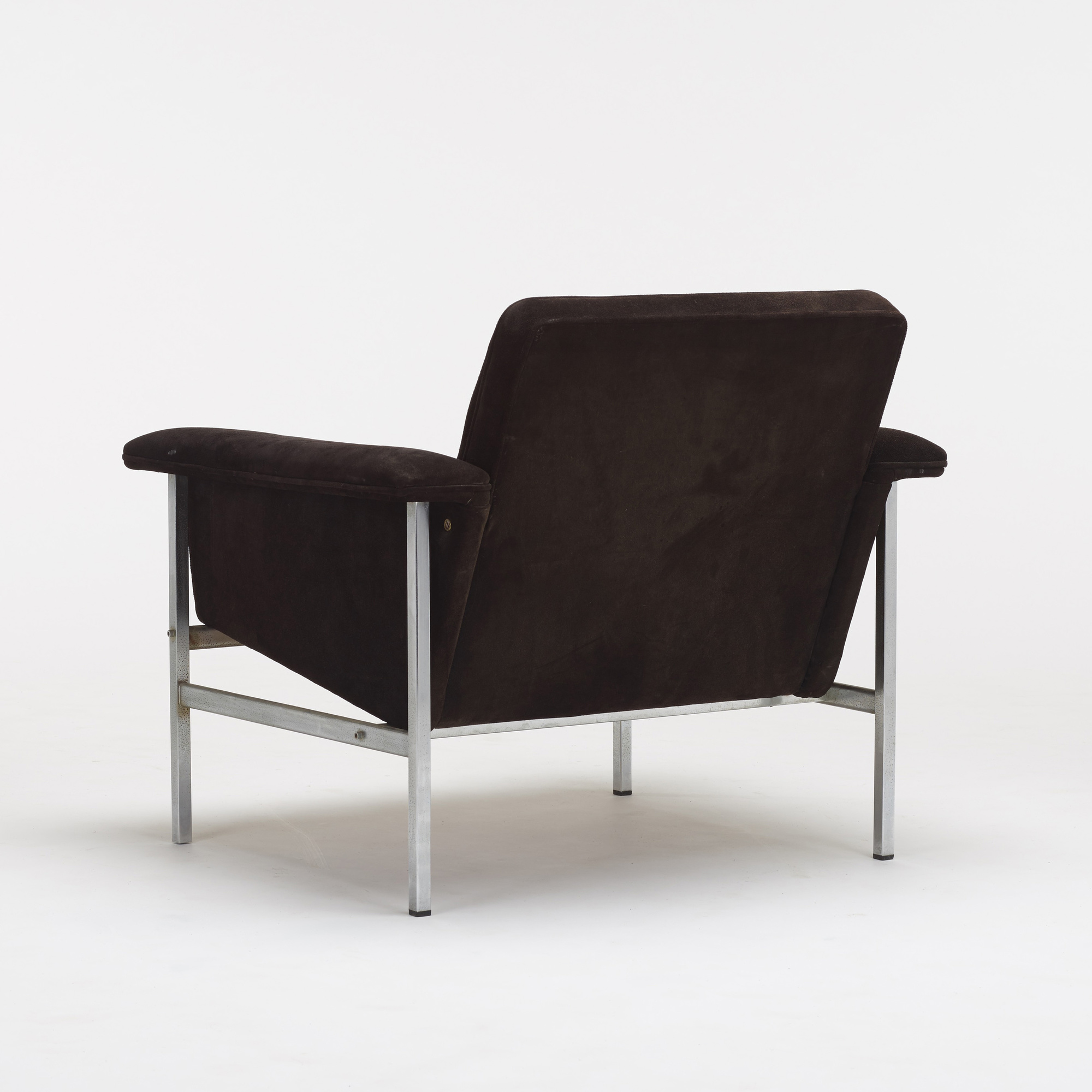 607: Modernist / lounge chair (2 of 2)