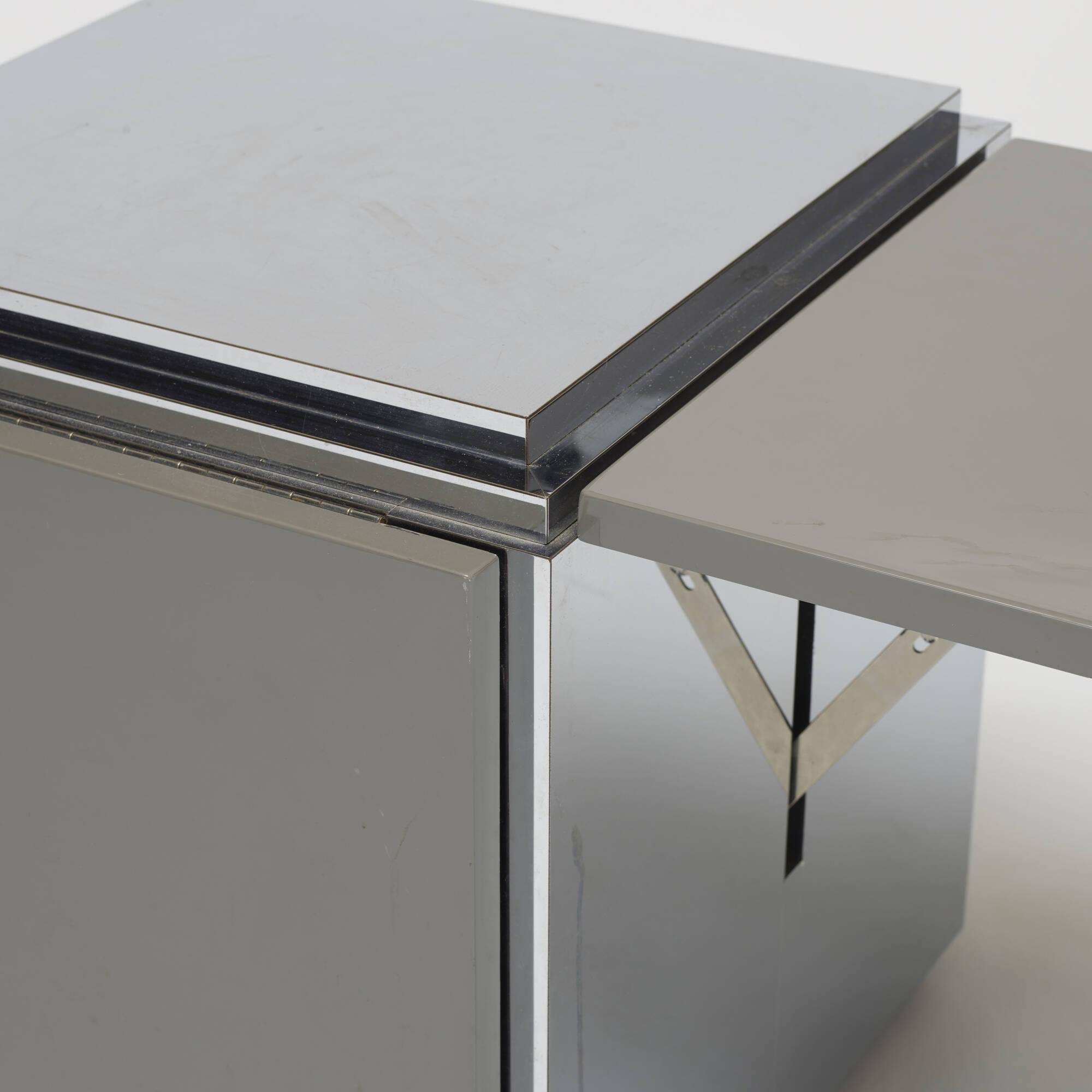 611: Modernist / drop-leaf table (3 of 3)