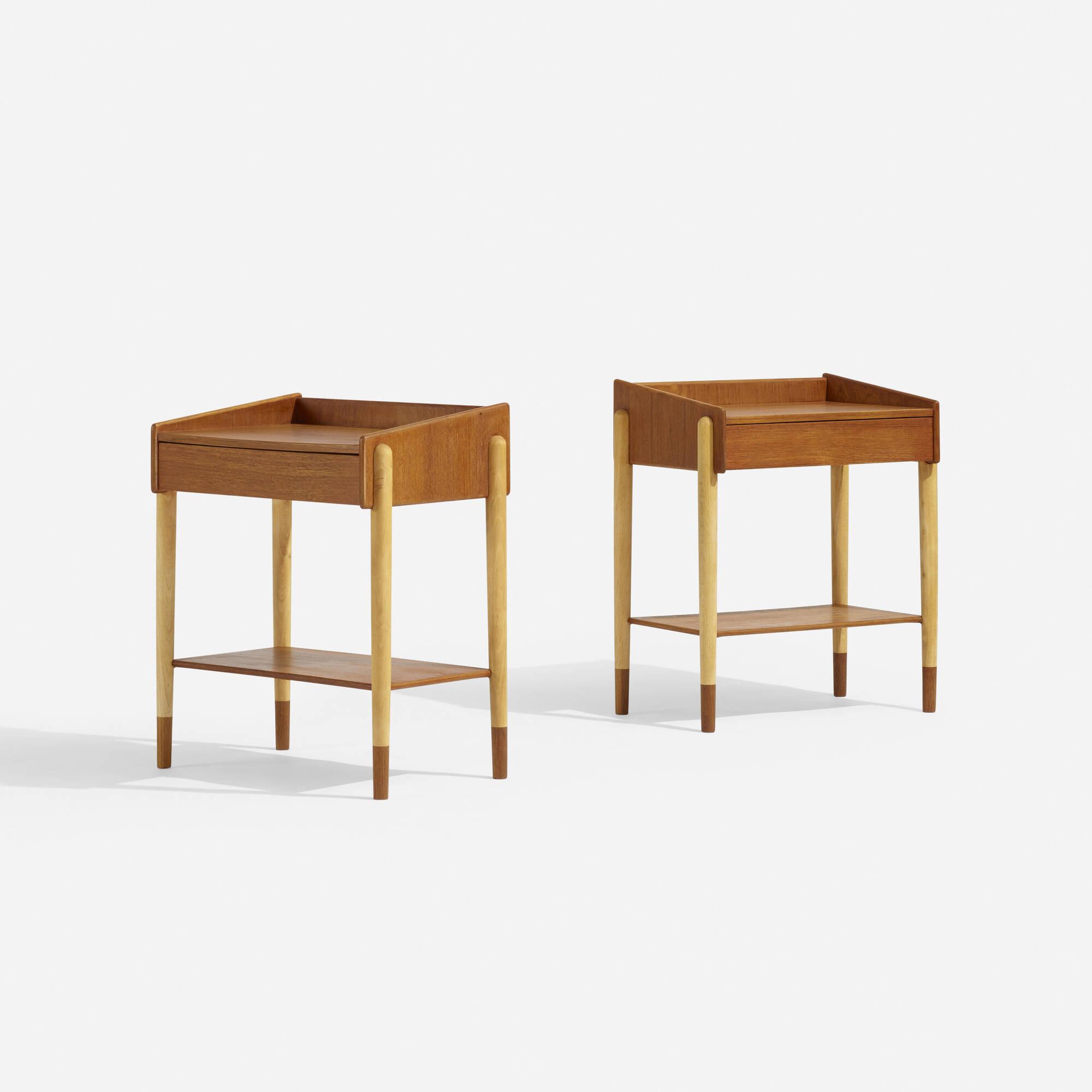 612: Børge Mogensen / nightstands model 148, pair (1 of 2)