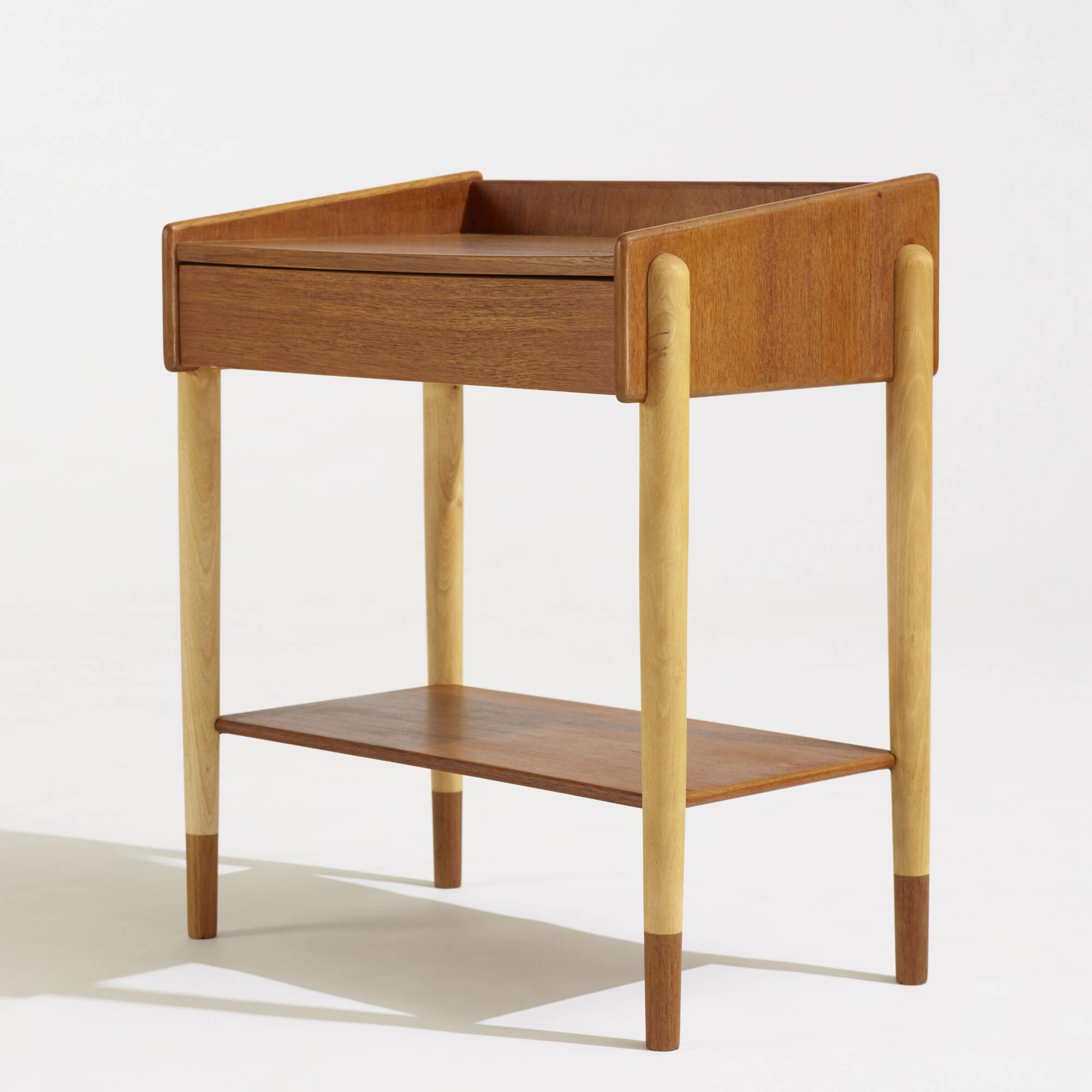 612: Børge Mogensen / nightstands model 148, pair (2 of 2)