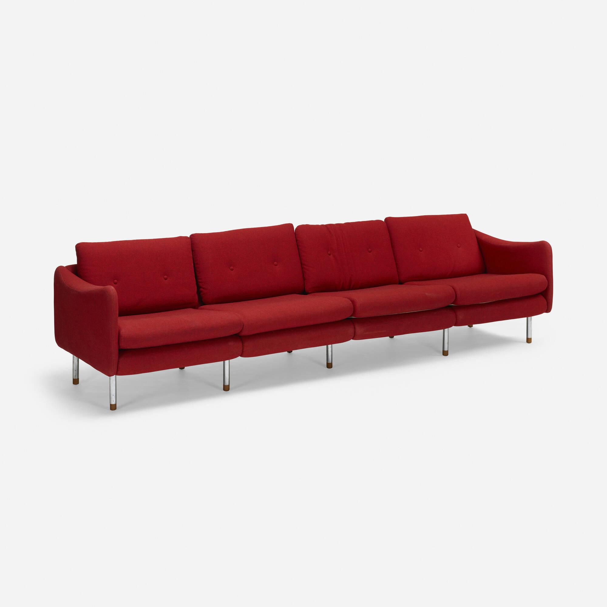 619: Michel Mortier / Teckel sofa (1 of 2)