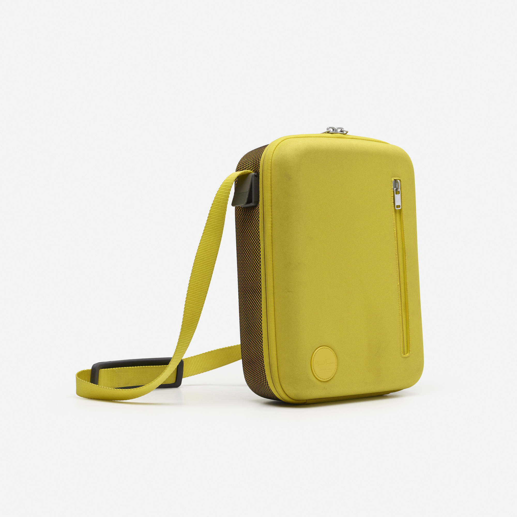 639: Marc Newson / Scope bag (1 of 1)