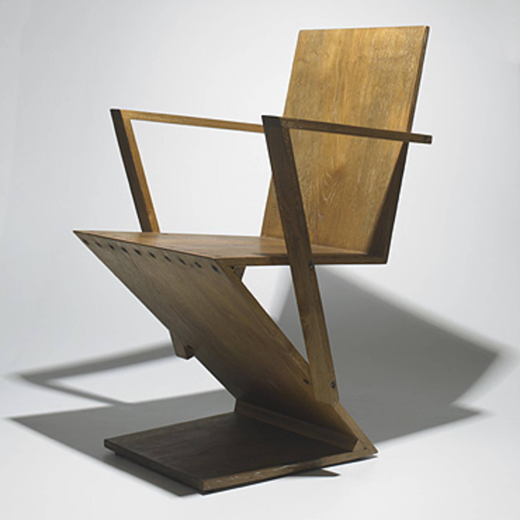 641: GERRIT RIETVELD, Zig-Zag armchair