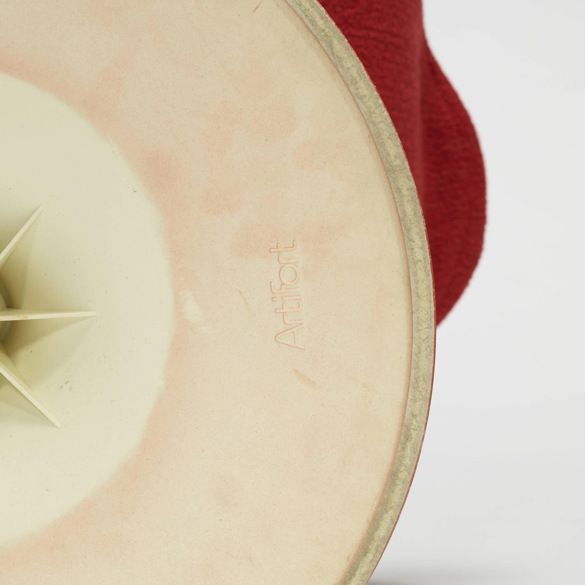 652: Pierre Paulin / Little Tulip armchair (3 of 3)