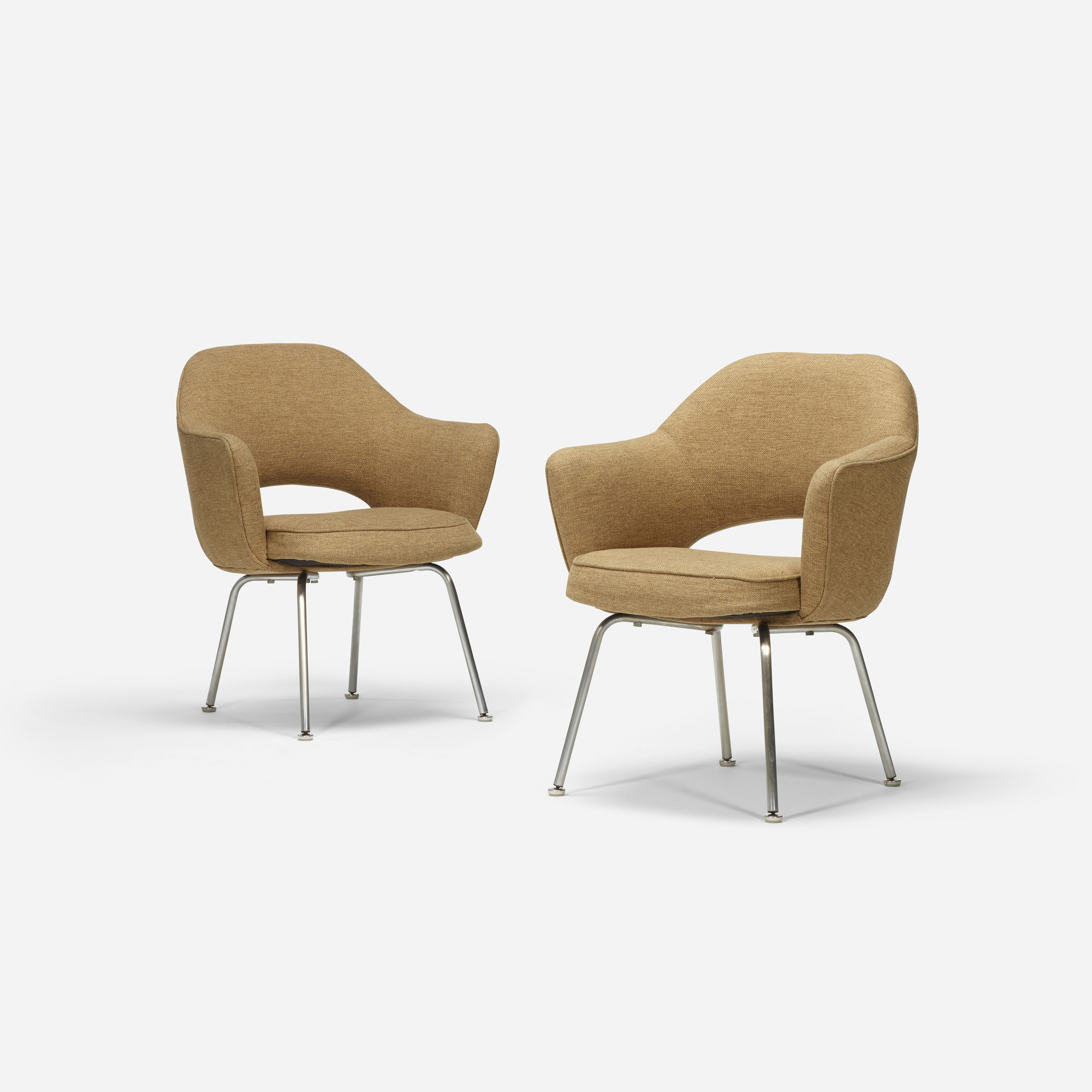 705: Eero Saarinen / dining chairs, pair (2 of 2)