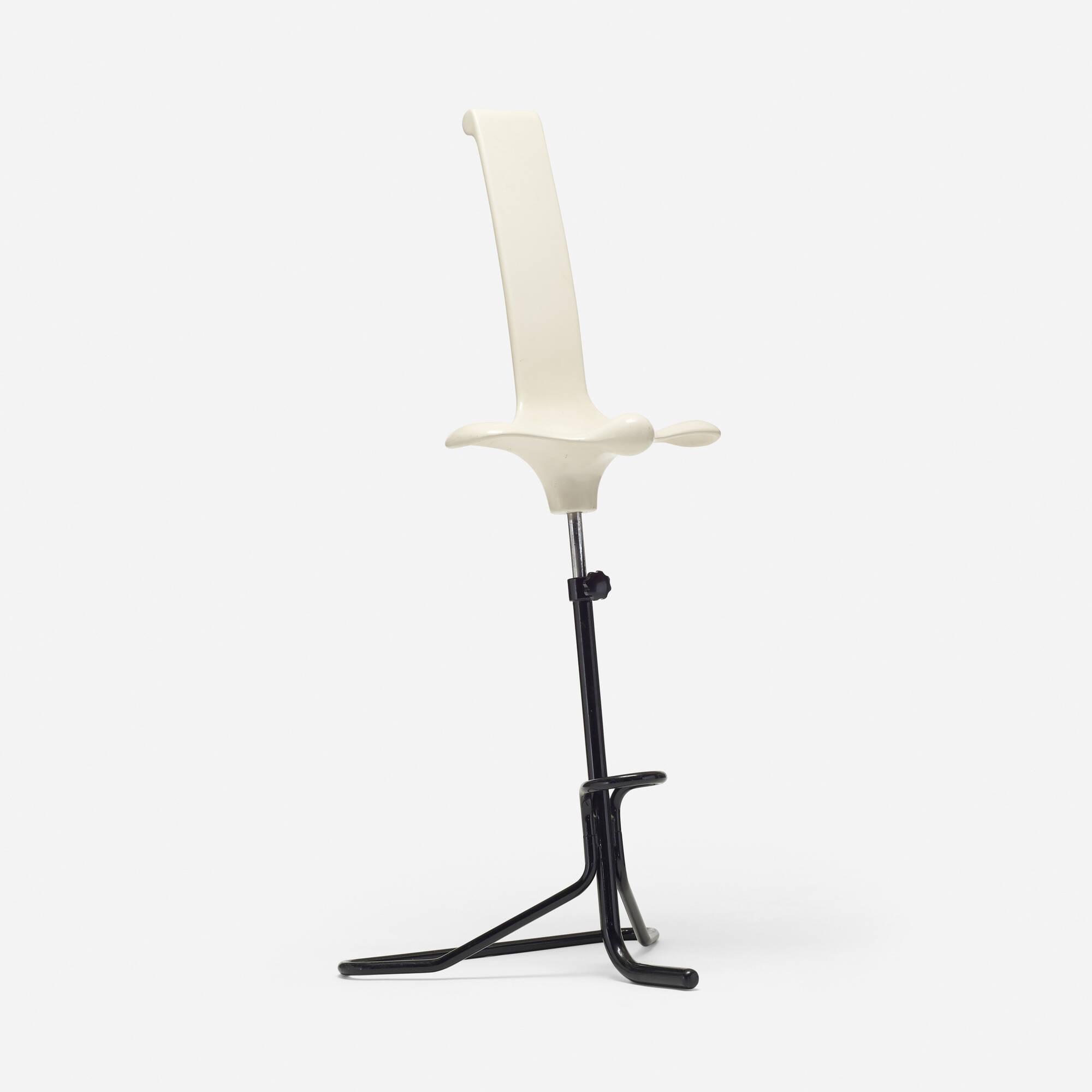 707: Claudio Salocchi / Appoggio stool (1 of 2)