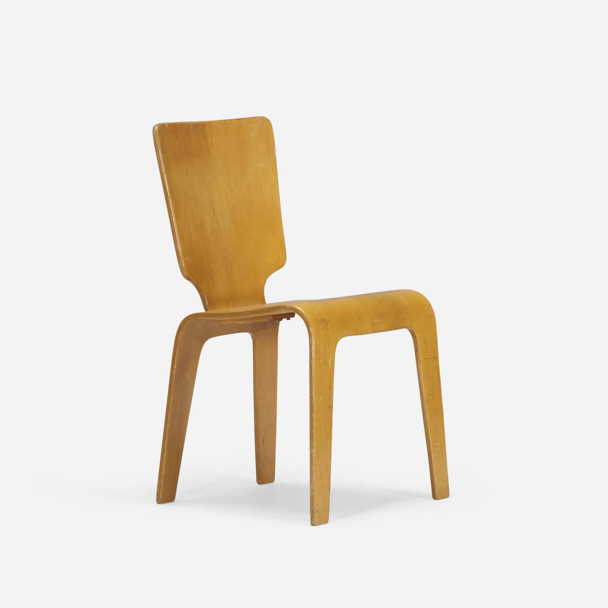 751: Herbert von Thaden / chair (1 of 3)