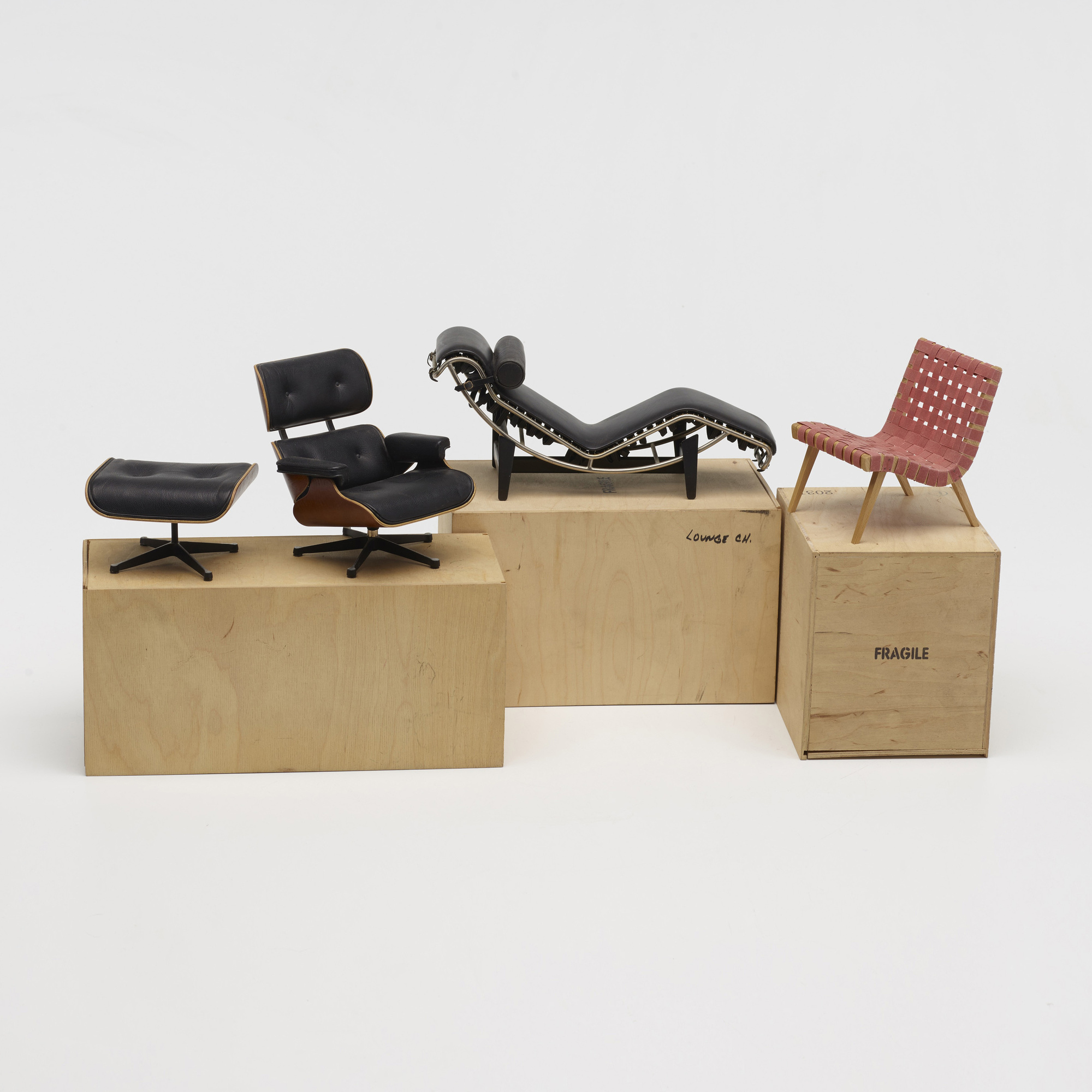 776: Vitra / collection of three miniature chairs (2 of 3)